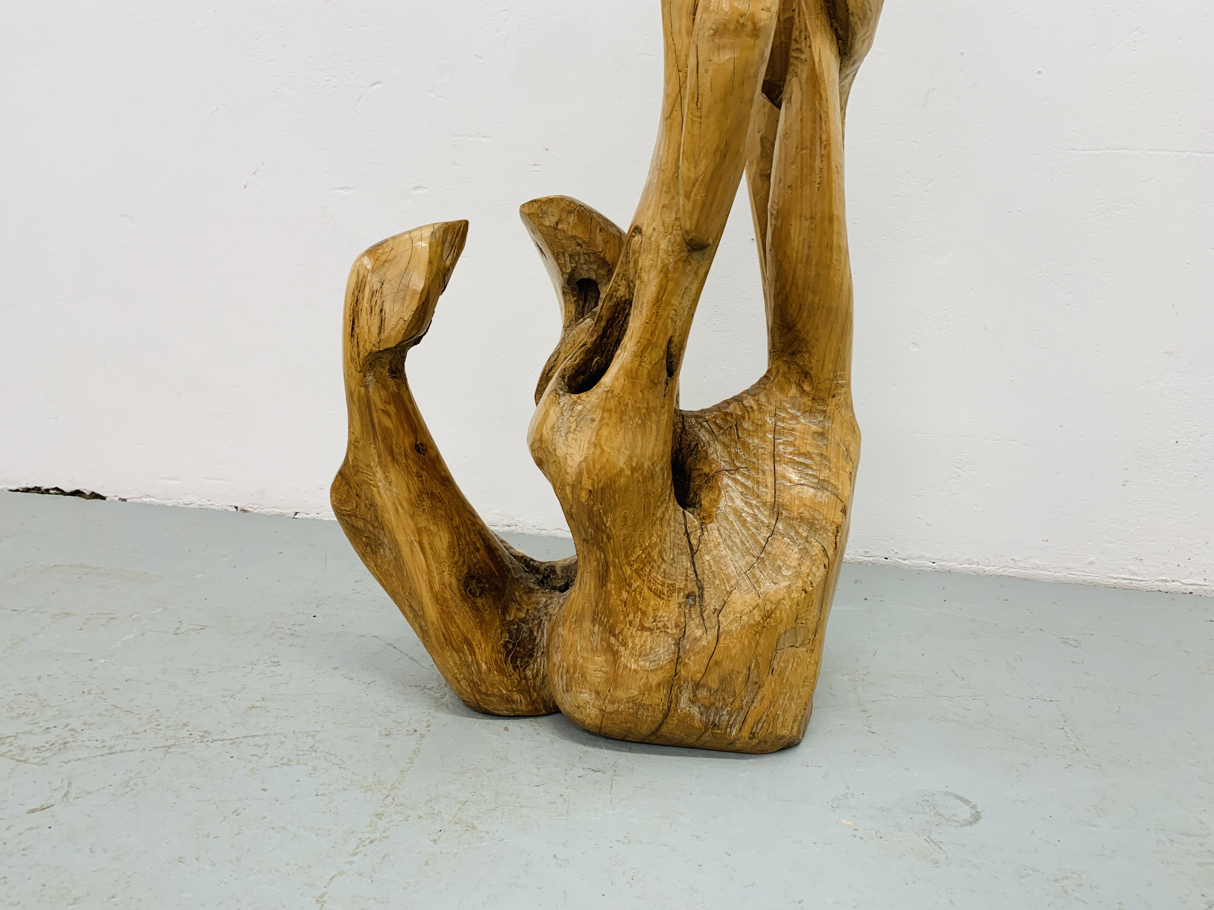 """A HARDWOOD ABSTRACT SCULPTURE """"FAMILY"""" BY P.T. - Image 4 of 9"""