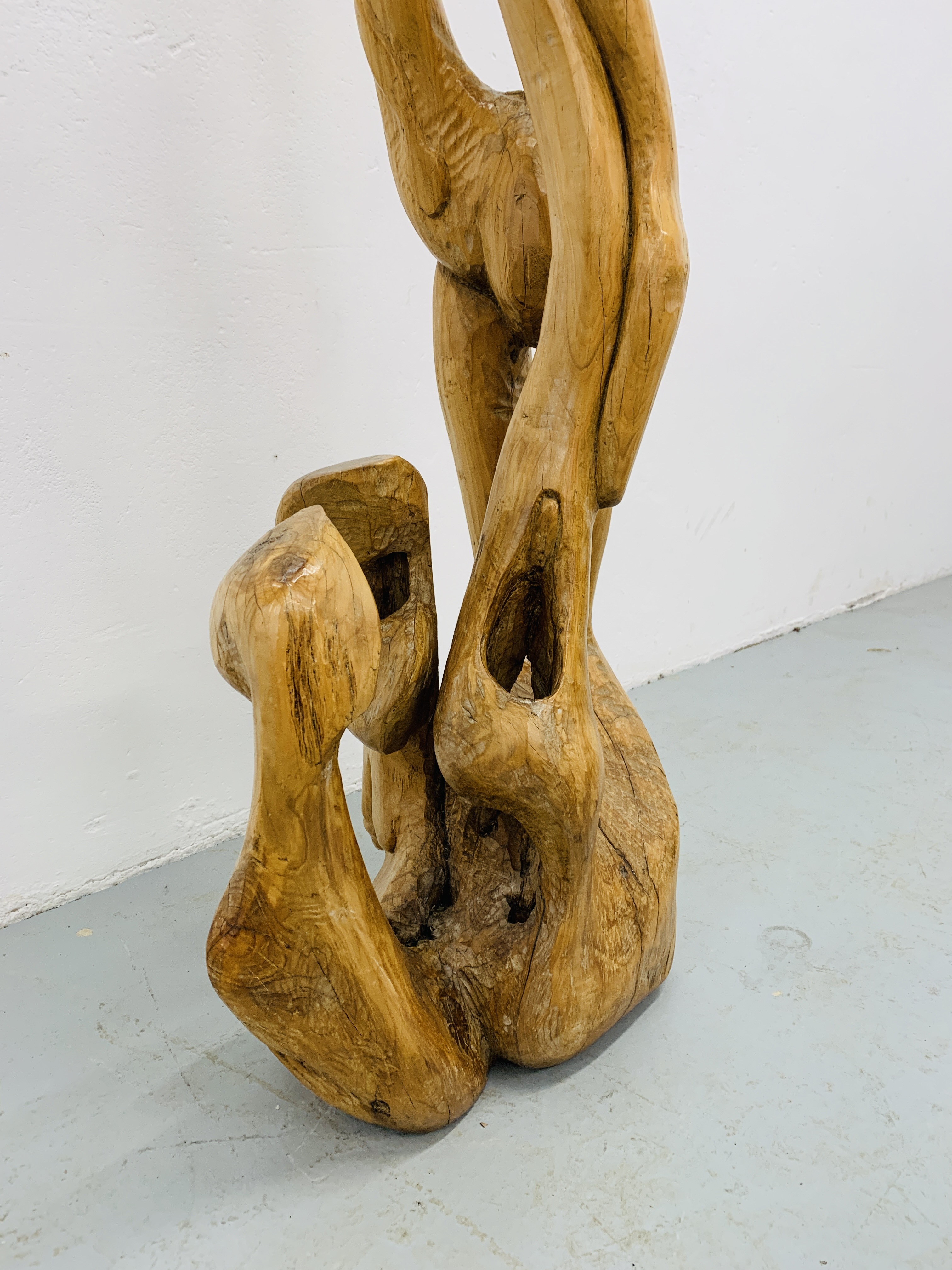"""A HARDWOOD ABSTRACT SCULPTURE """"FAMILY"""" BY P.T. - Image 6 of 9"""