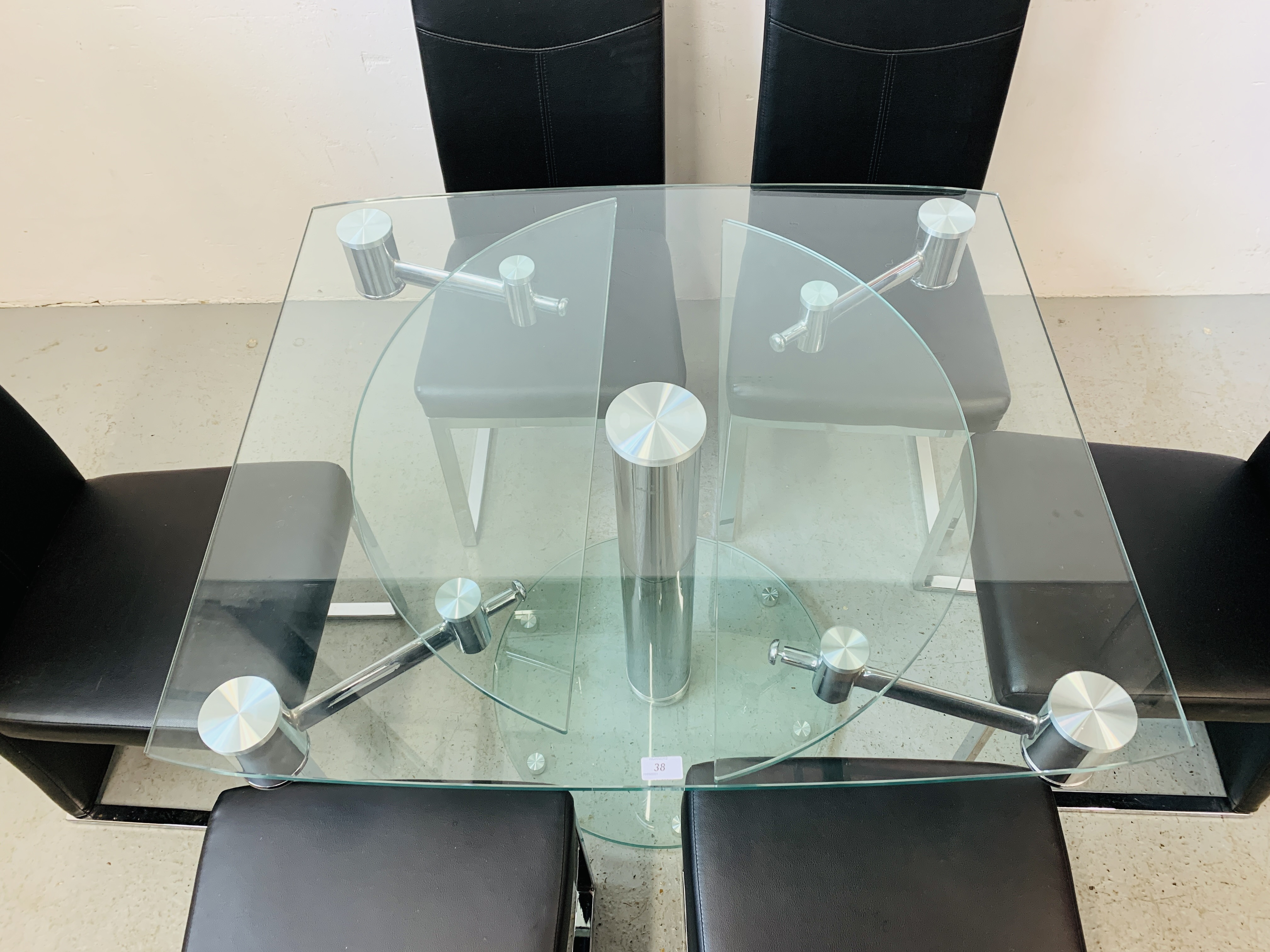 A DESIGNER GLASS AND CHROME PEDESTAL DINING TABLE WITH SET OF SIX CHROME FRAMED LEATHERETTE DINING - Image 15 of 17