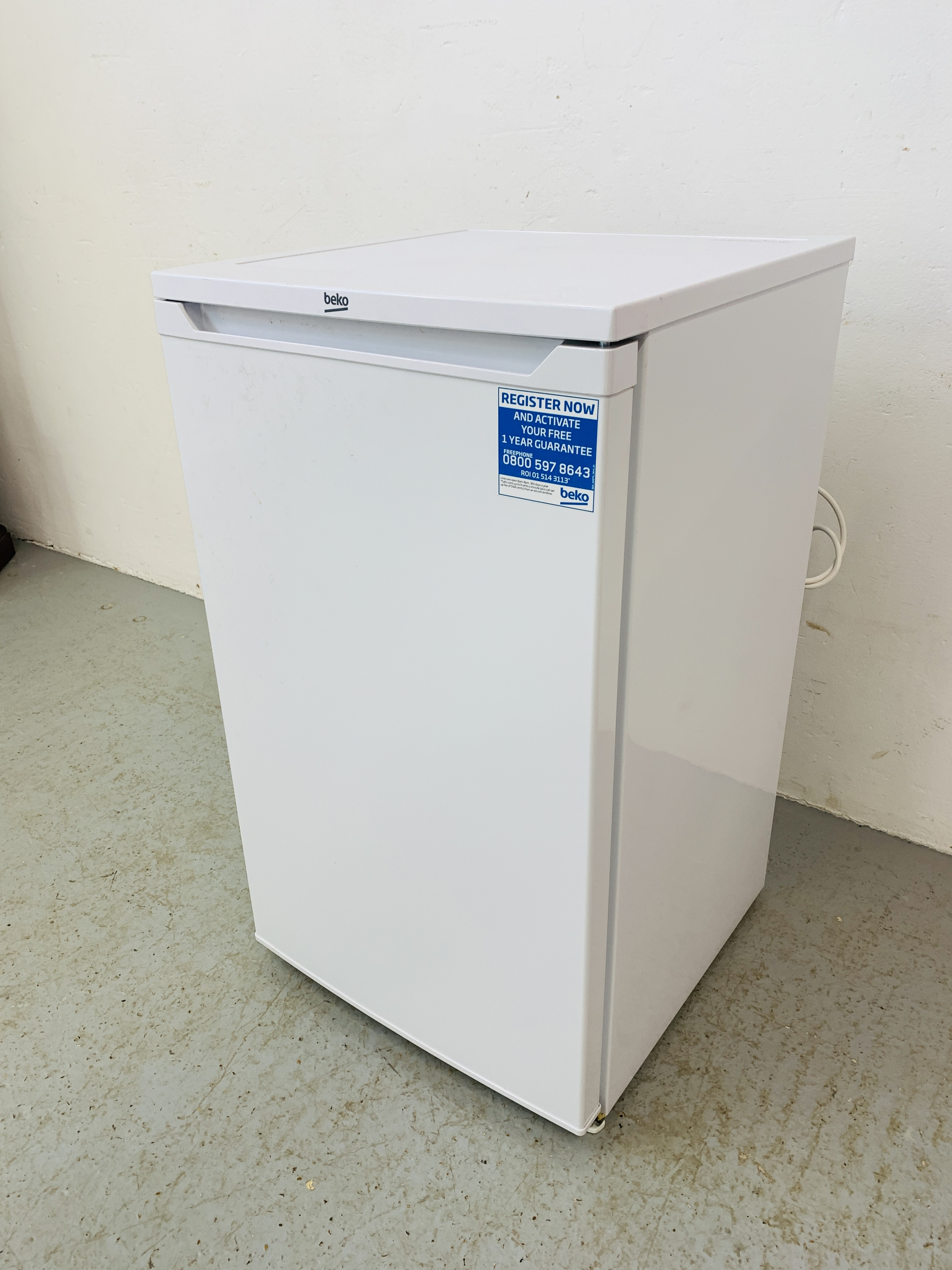 A BEKO UNDERCOUNTER FREEZER - SOLD AS SEEN - Image 4 of 6