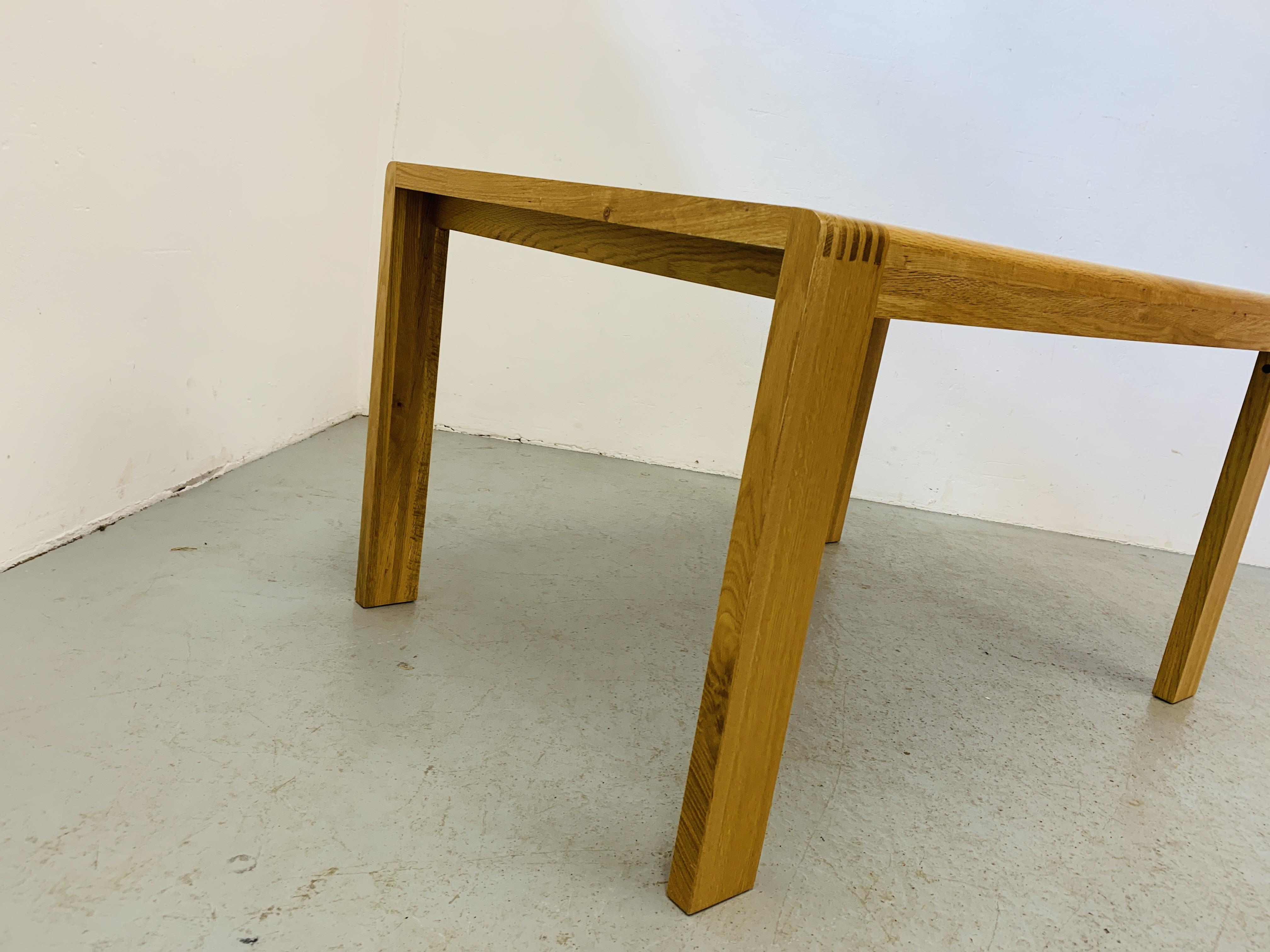"AN ERCOL ""BOSCO"" OAK DESIGNER DINING TABLE 130CM X 90CM - Image 12 of 14"