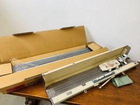 ART KITTEN KNITTING MACHINE MODE DX-1000 SERIAL NO. 97009 + BROTHER KNITTING MACHINE MODEL KH - 890.