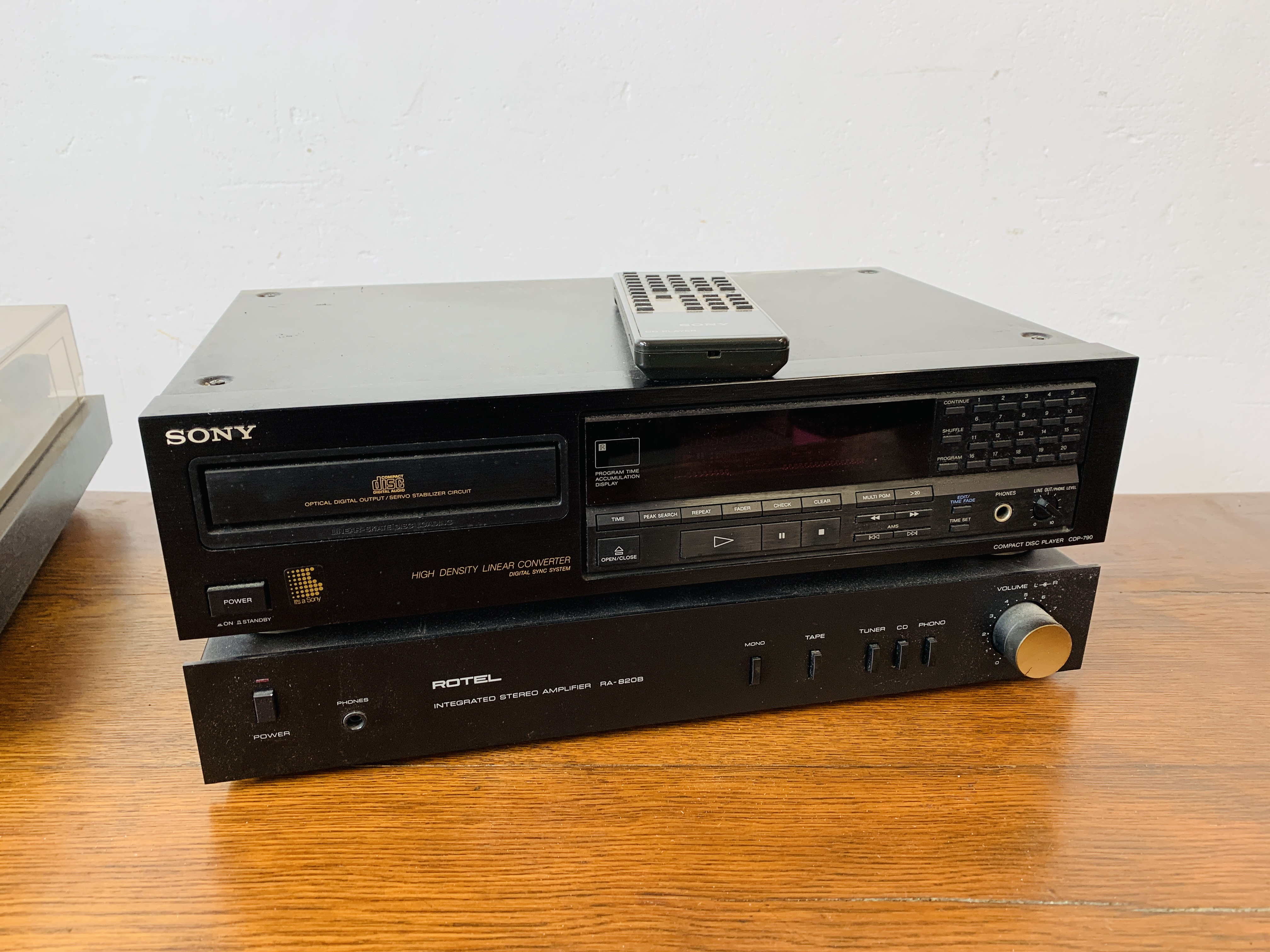 DUAL 505 BELT DRIVE TURNTABLE, - Image 6 of 7