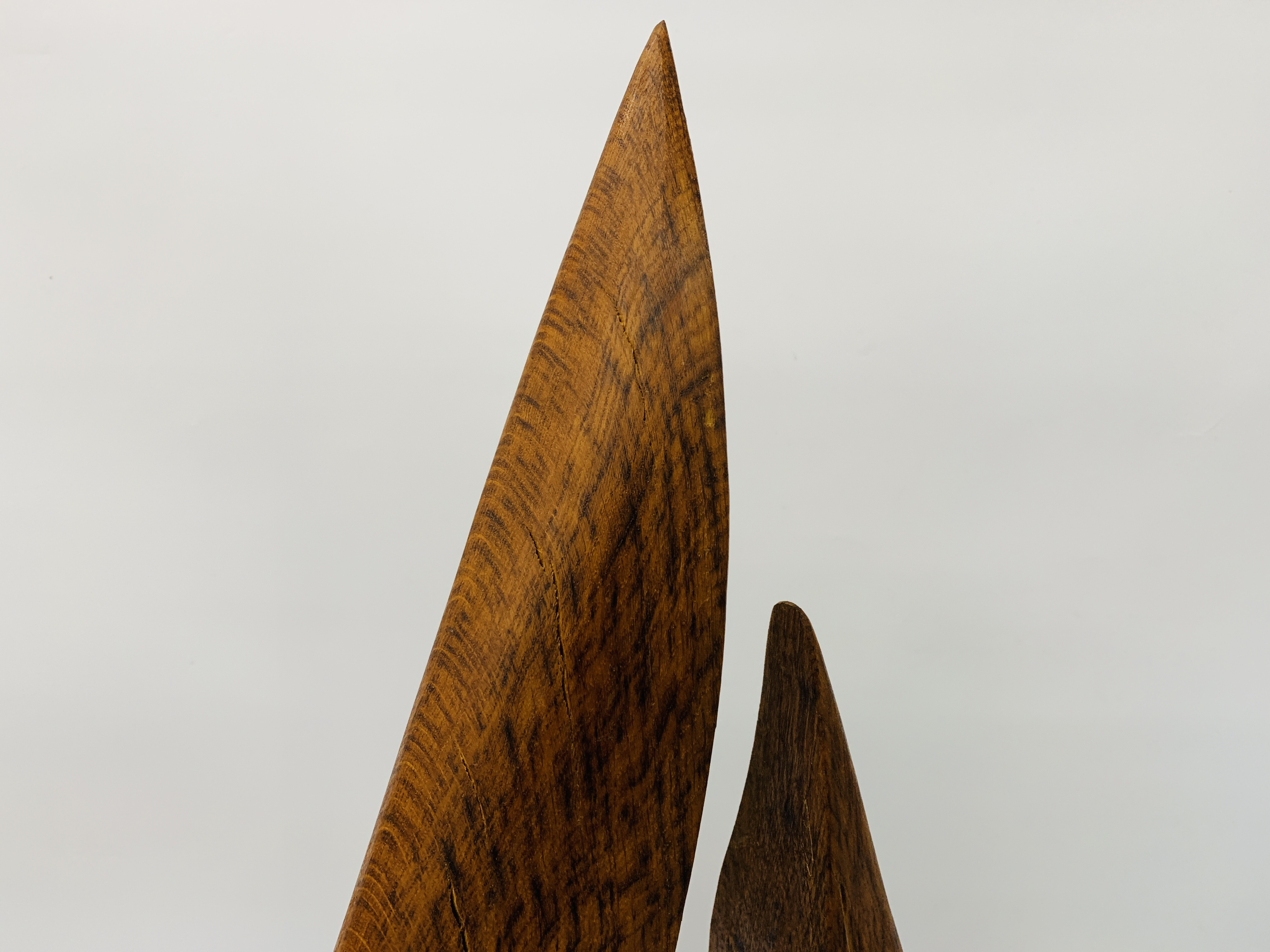 """AN OAK ABSTRACT SCULPTURE OF """"U"""" SHAPED FORM - HEIGHT 83 CM. - Image 6 of 8"""