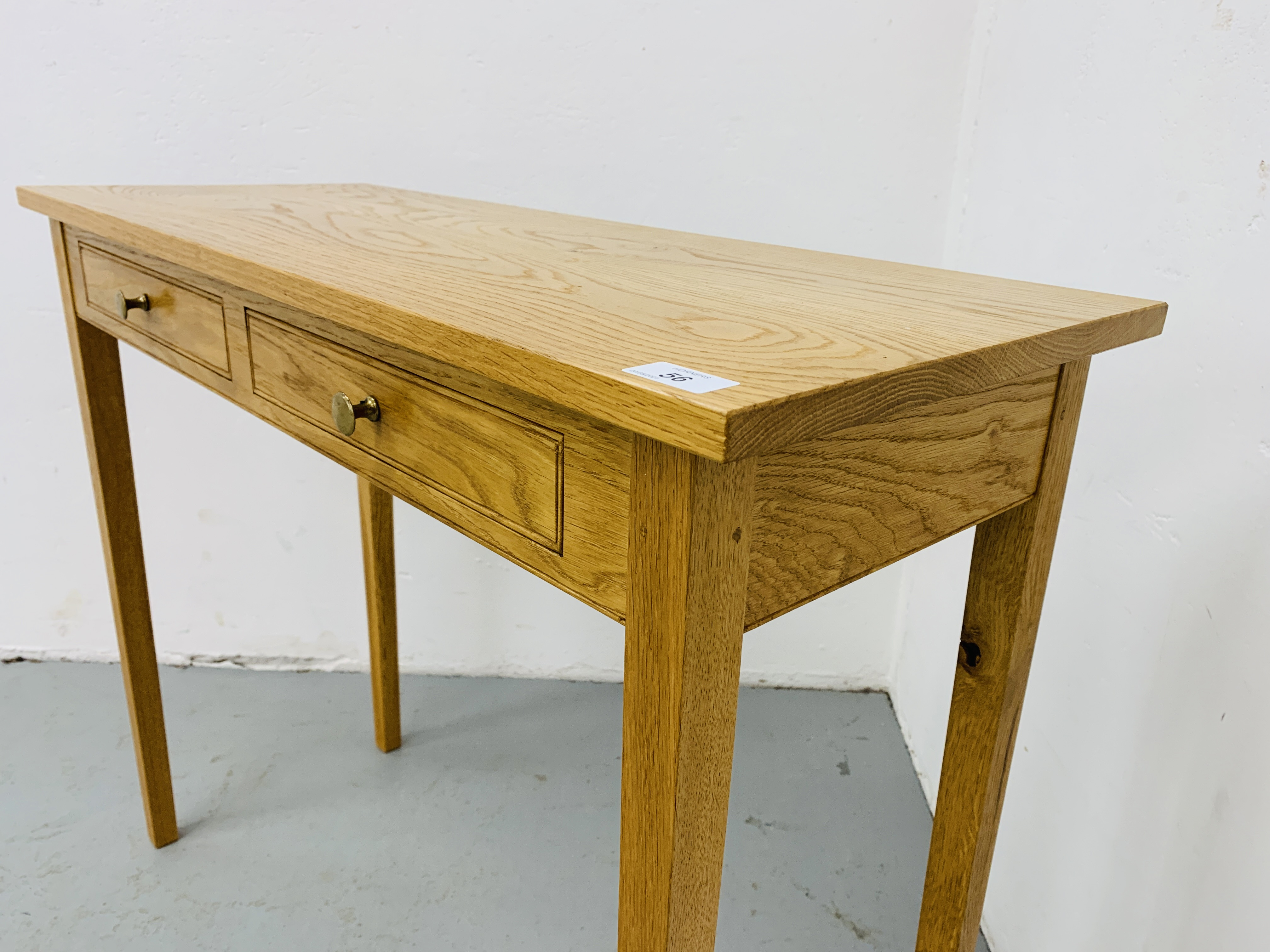 A SMALL LIGHT OAK TWO DRAWER SIDE TABLE 85CM X 34CM - Image 5 of 7