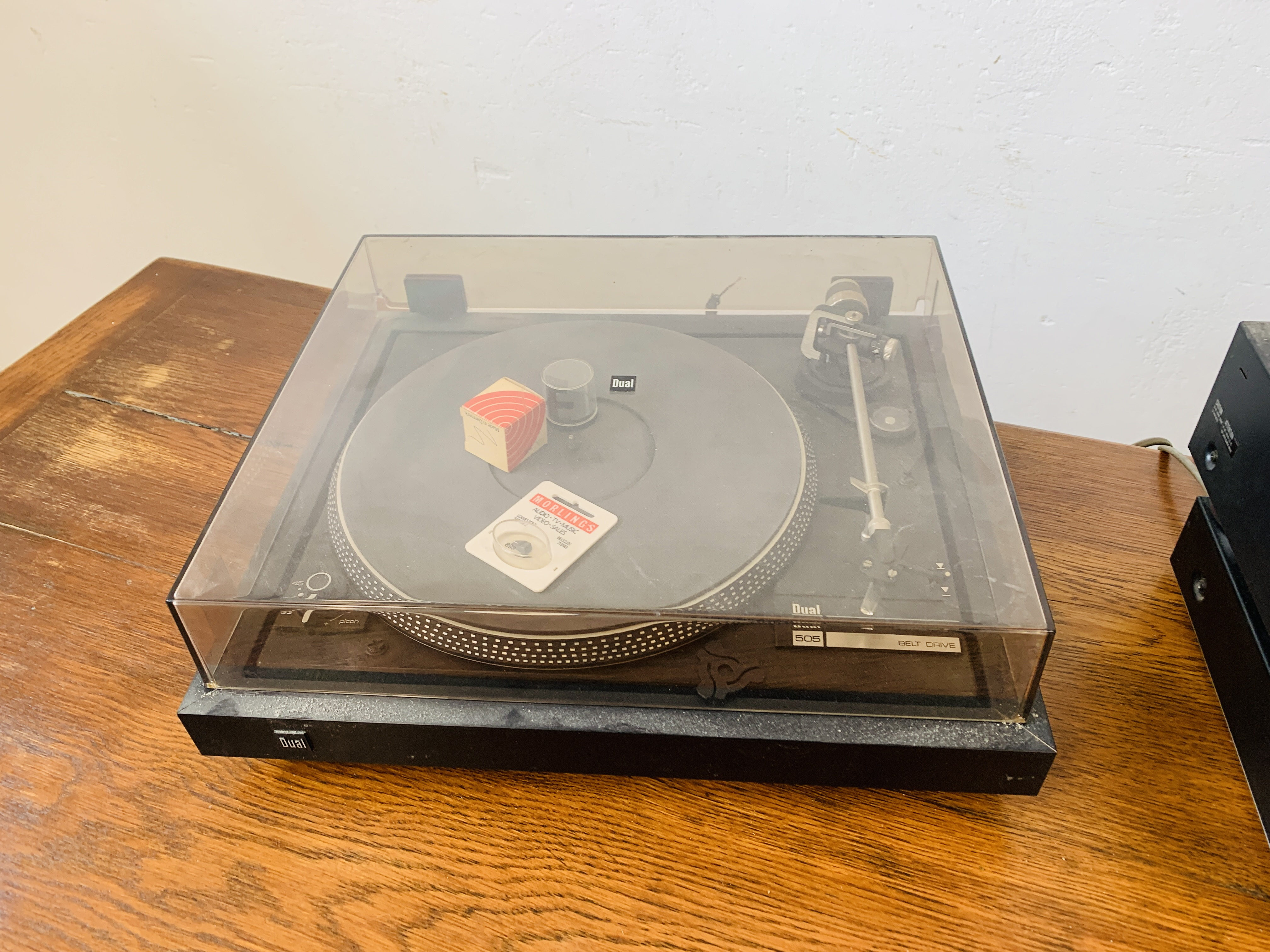 DUAL 505 BELT DRIVE TURNTABLE, - Image 2 of 7