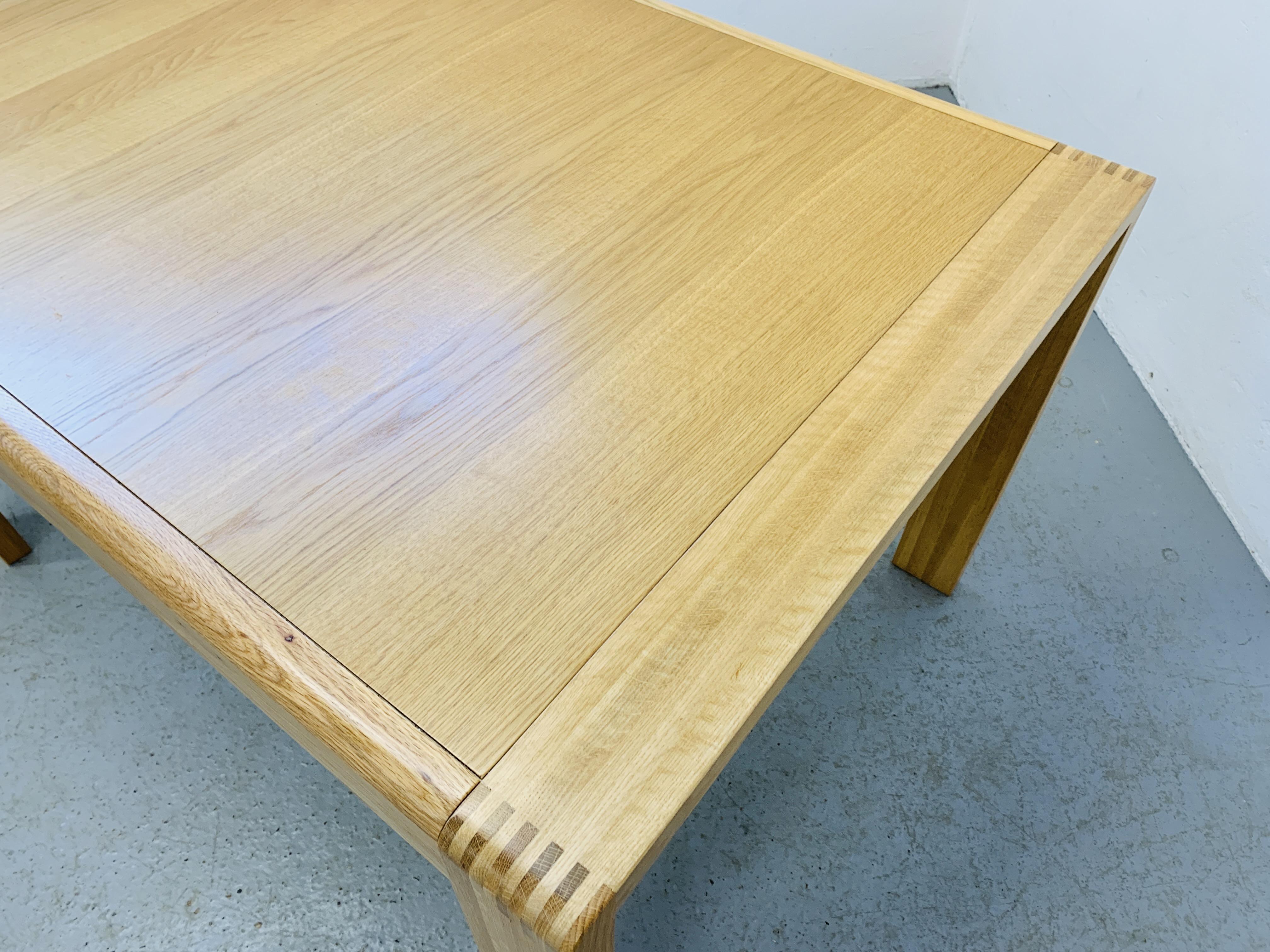 "AN ERCOL ""BOSCO"" OAK DESIGNER DINING TABLE 130CM X 90CM - Image 6 of 14"