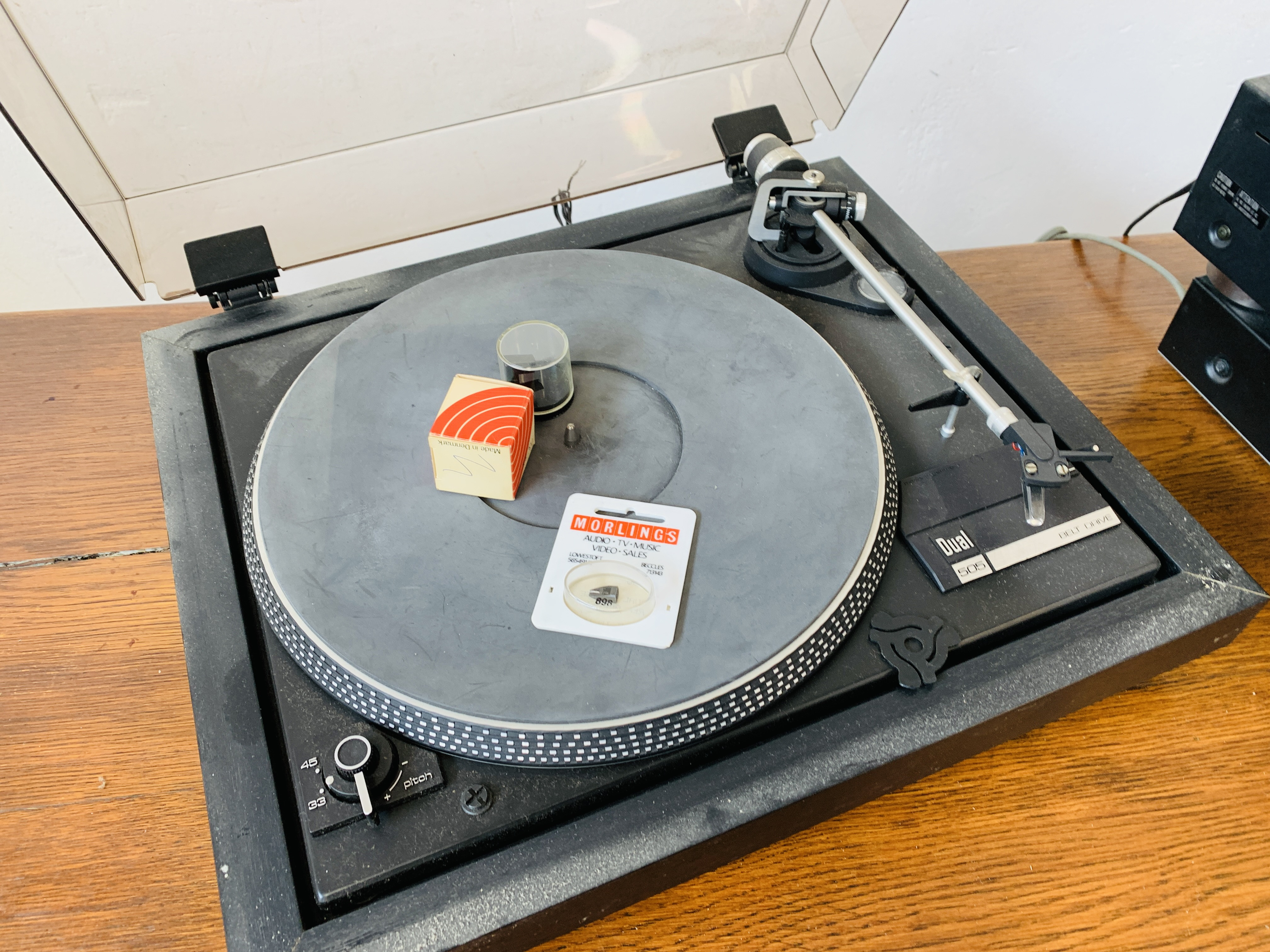 DUAL 505 BELT DRIVE TURNTABLE, - Image 5 of 7