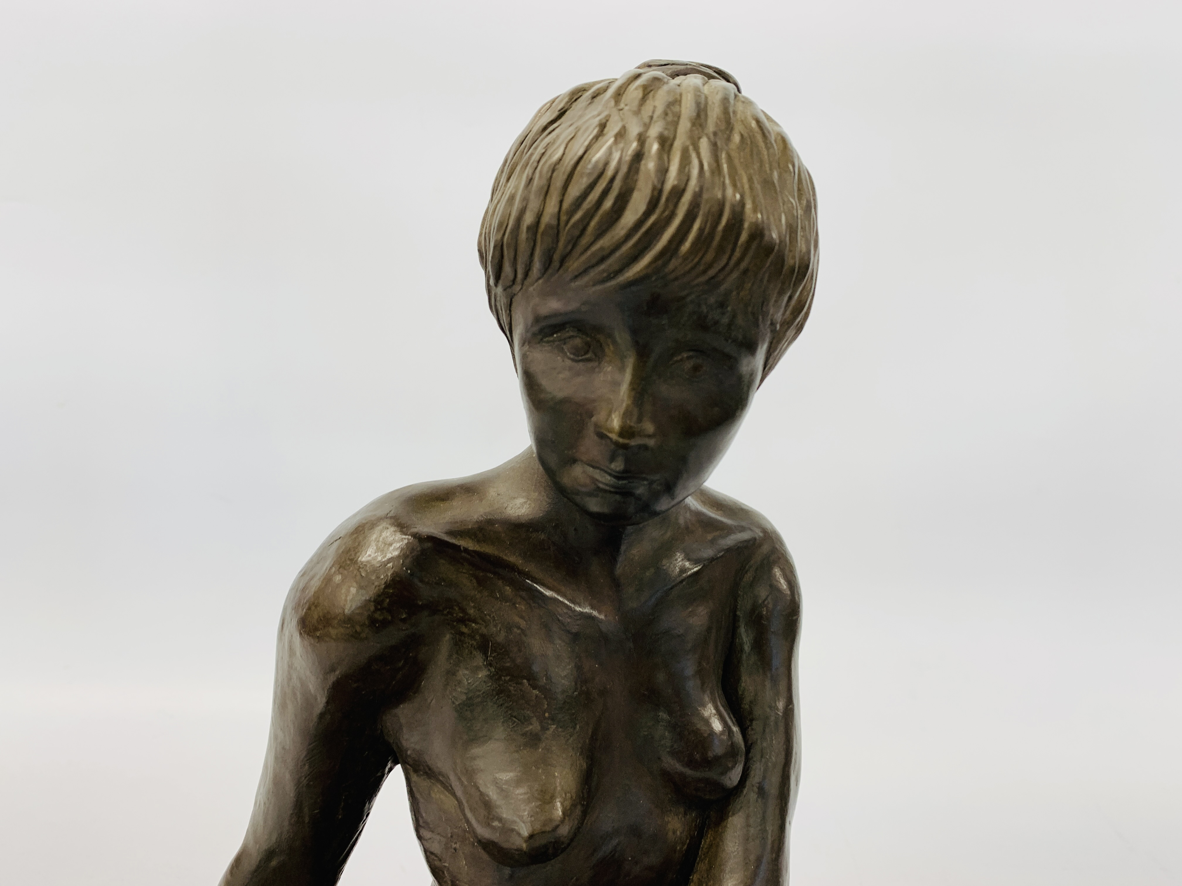 A BRONZED RESIN SCULPTURE OF A SEATED WOMAN BY SONIA DOBBS ON PINE BASE - HEIGHT 33.5 CM. - Image 2 of 8