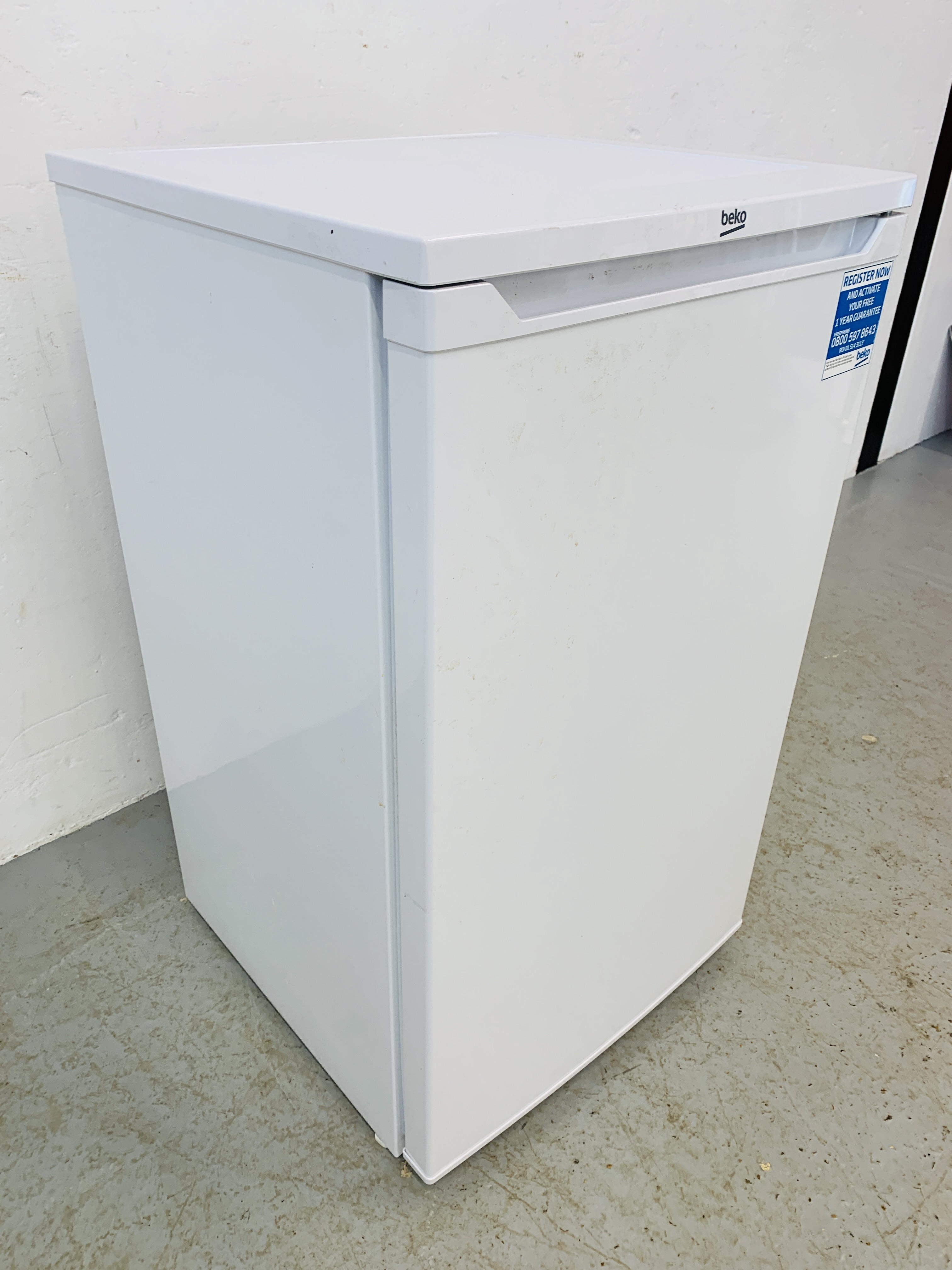 A BEKO UNDERCOUNTER FREEZER - SOLD AS SEEN - Image 5 of 6