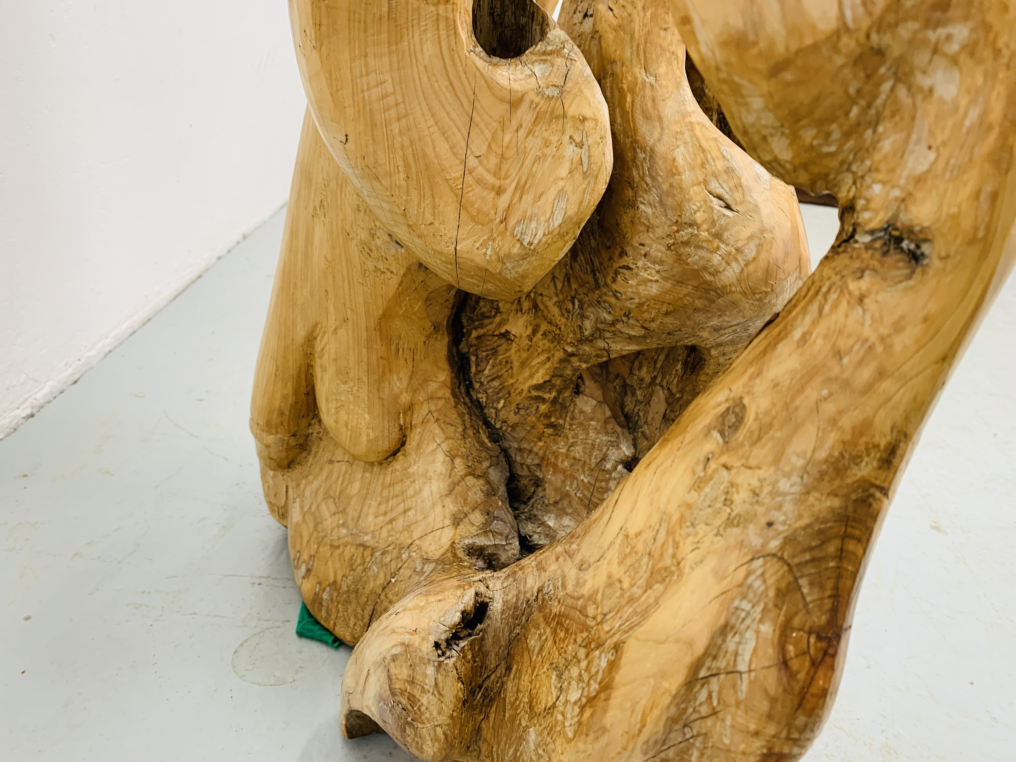 """A HARDWOOD ABSTRACT SCULPTURE """"FAMILY"""" BY P.T. - Image 8 of 9"""