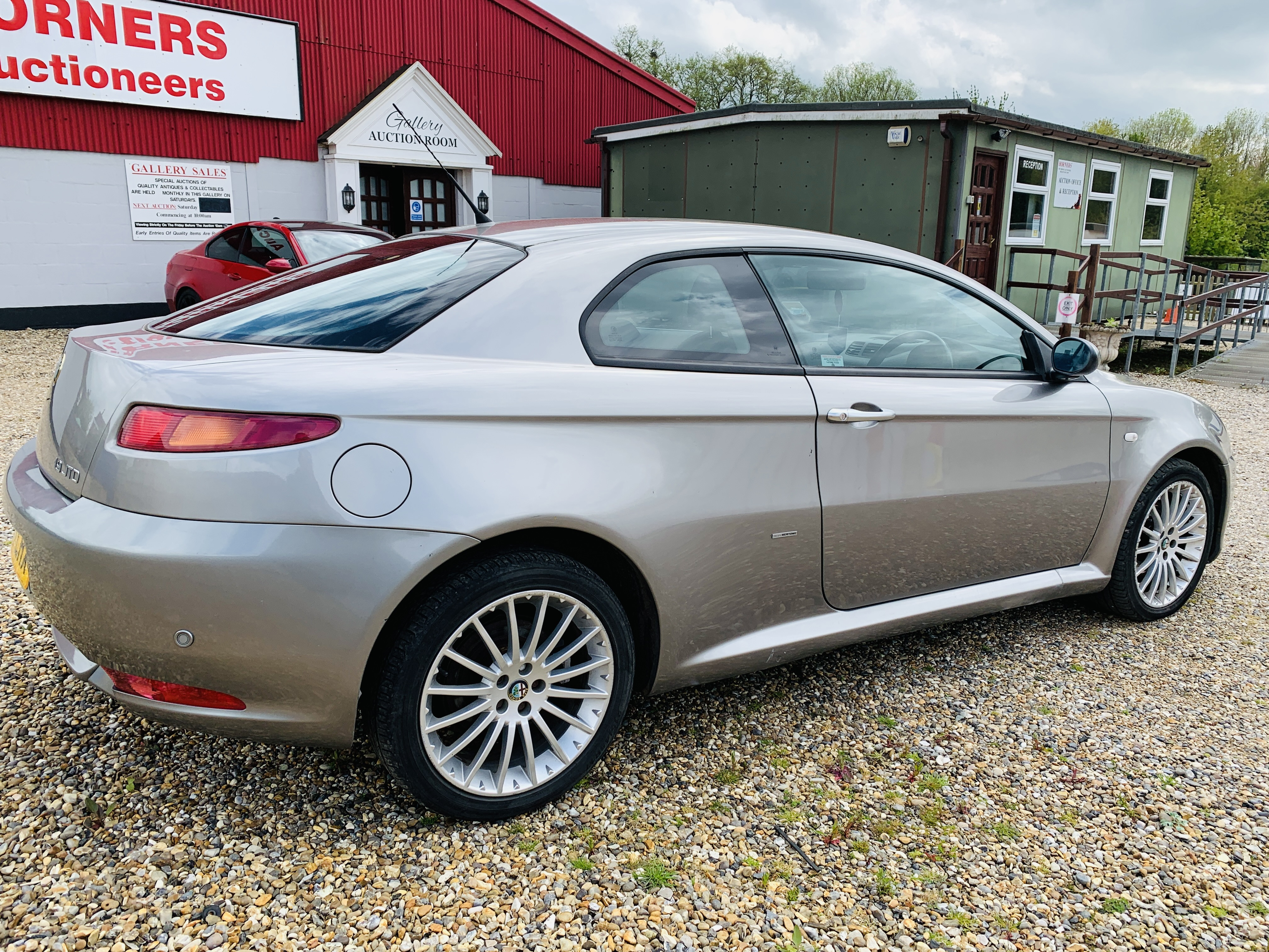 WN57 LHX ALFA ROMEO GT LUSSO JTDM COUPE 1910CC DIESEL. FIRST REGISTERED 29/11/2007. - Image 3 of 12