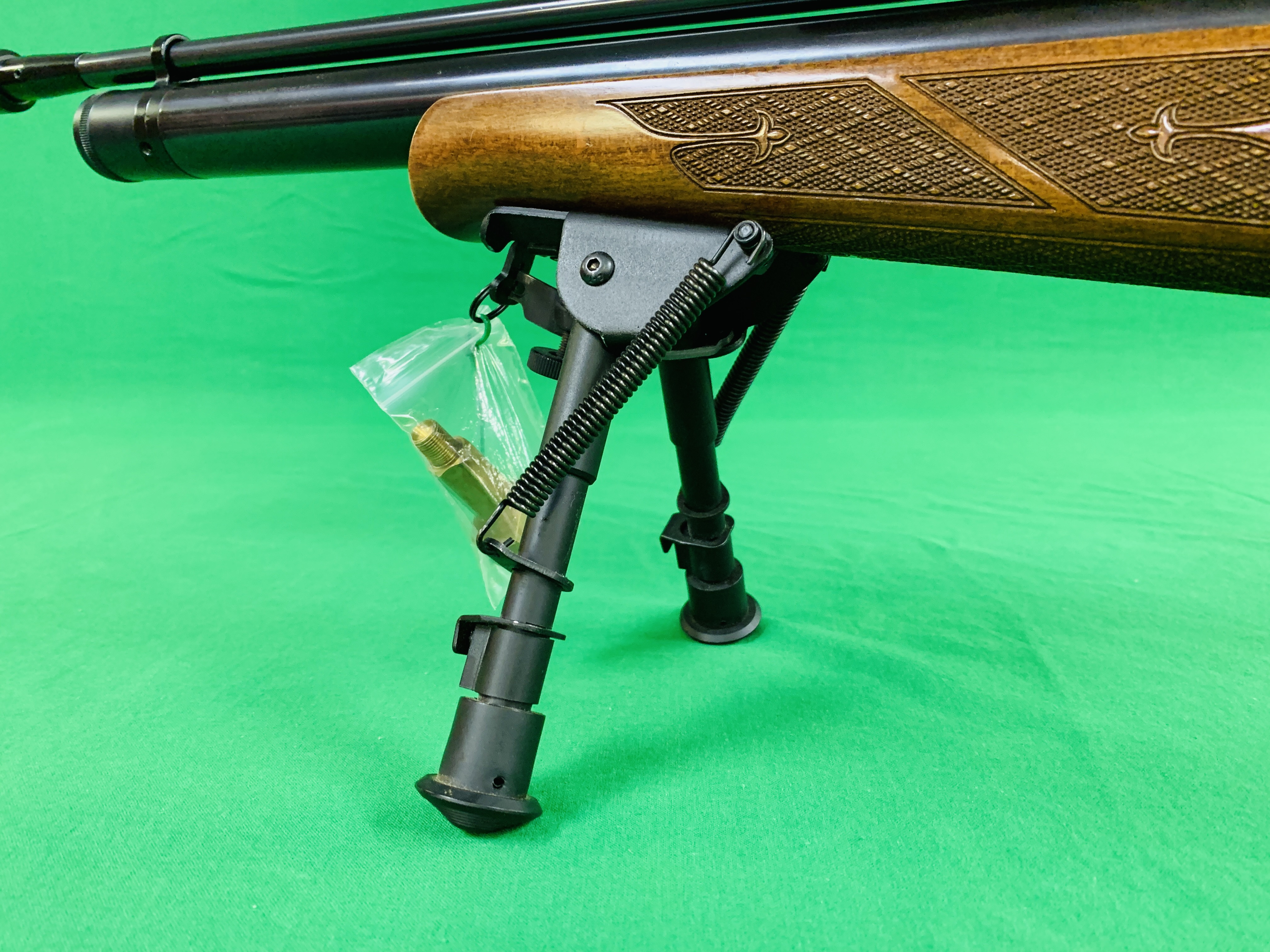 AIR ARMS S400 CLASSIC .177 BOLT ACTION PCP AIR RIFLE FITTED WITH BONUS 6. - Image 5 of 17