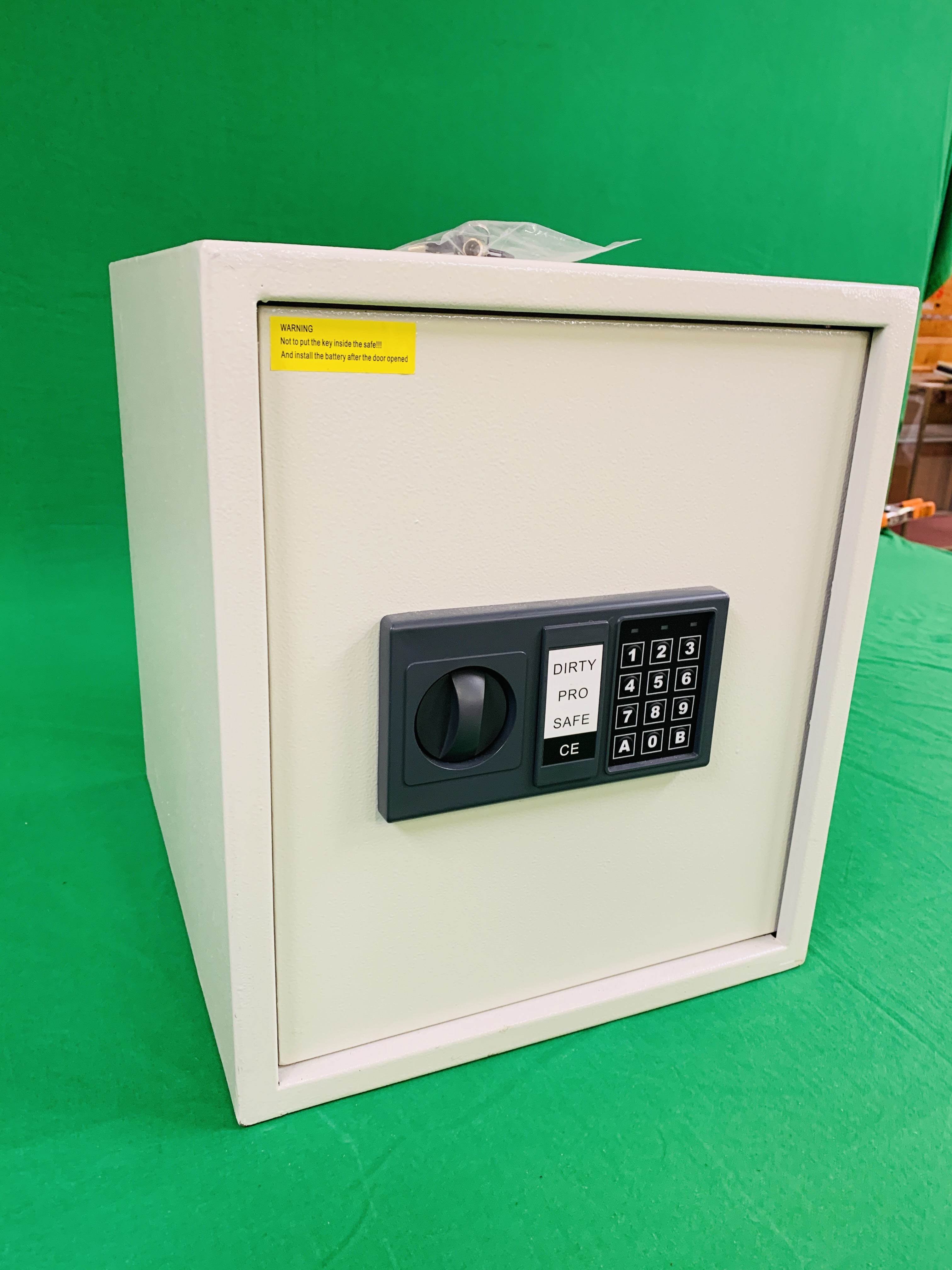 DIRTY PRO SAFE CE ELECTRIC COMBINATION SAFE COMPLETE WITH INSTRUCTIONS ALONG WITH FOUR AS NEW AMTA - Image 3 of 8