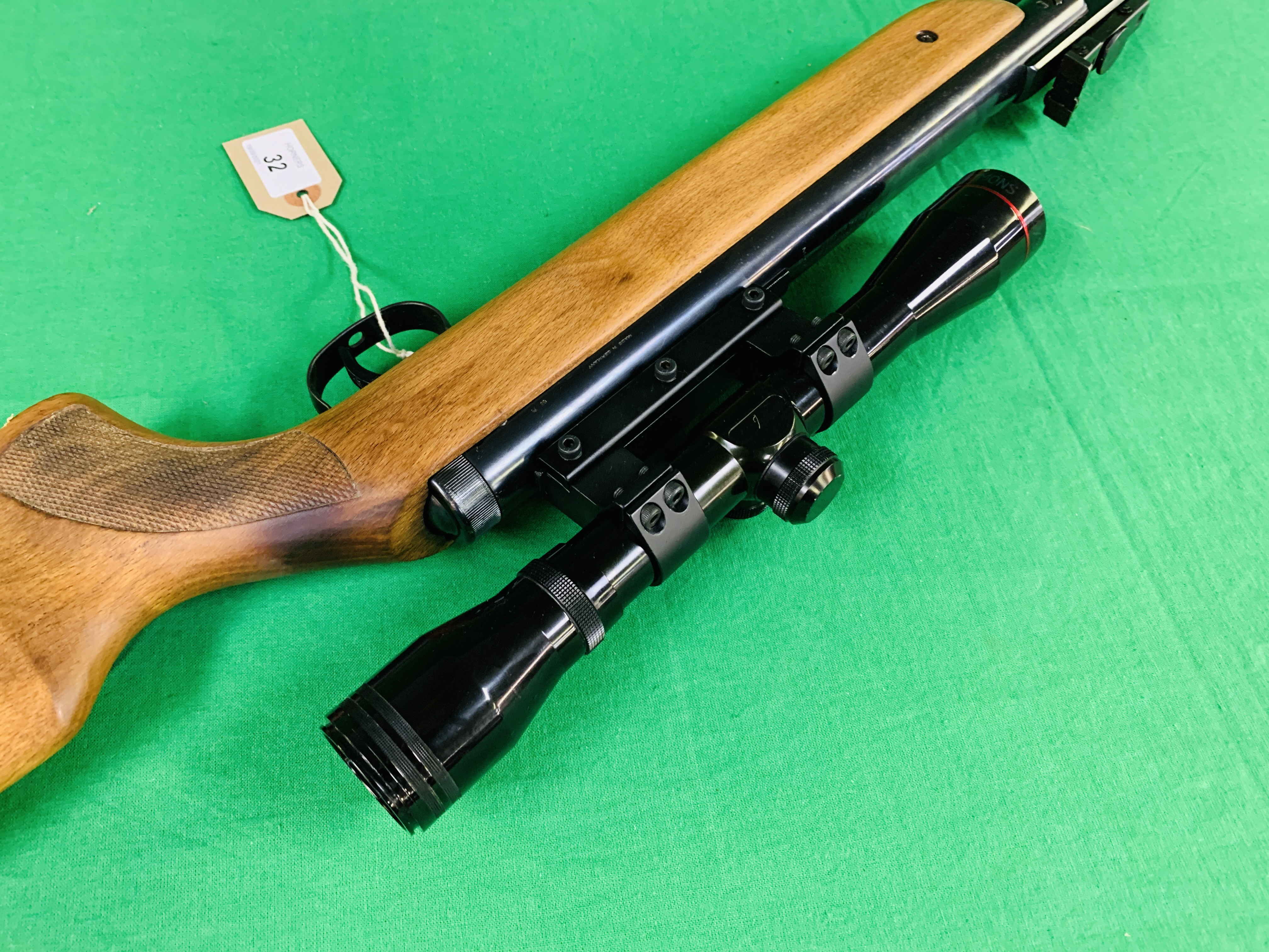 """AN """"ORIGINAL"""" MODEL 35 .22 BREAK BARREL AIR RIFLE FITTED WITH SIMMONS 4. - Image 8 of 10"""