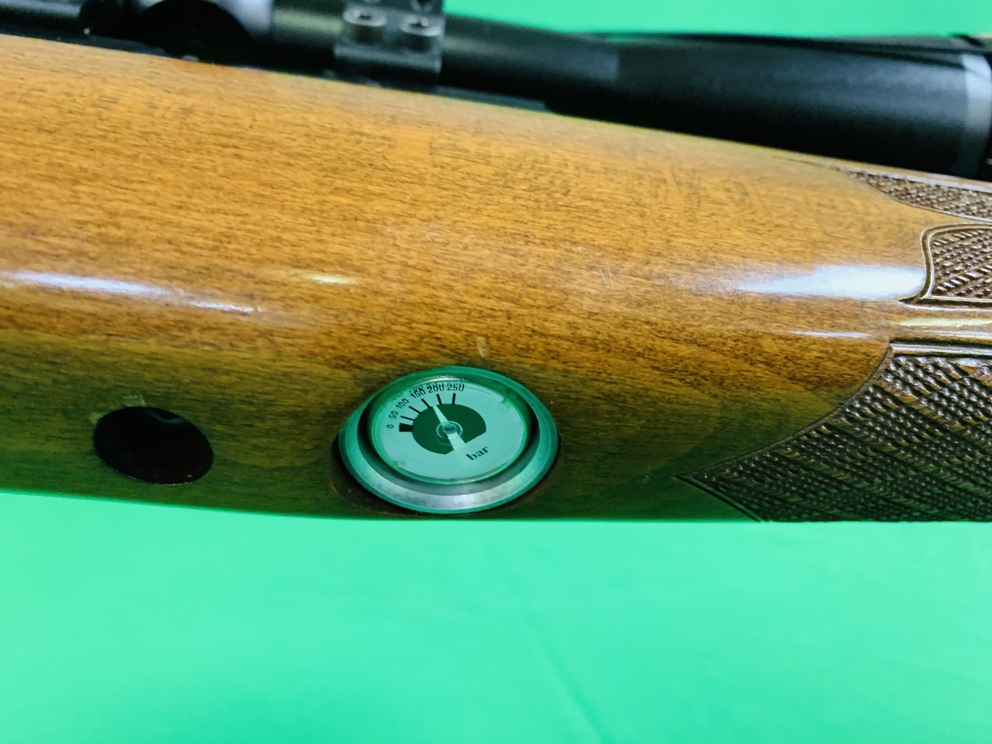 AIR ARMS S400 CLASSIC .177 BOLT ACTION PCP AIR RIFLE FITTED WITH BONUS 6. - Image 17 of 17