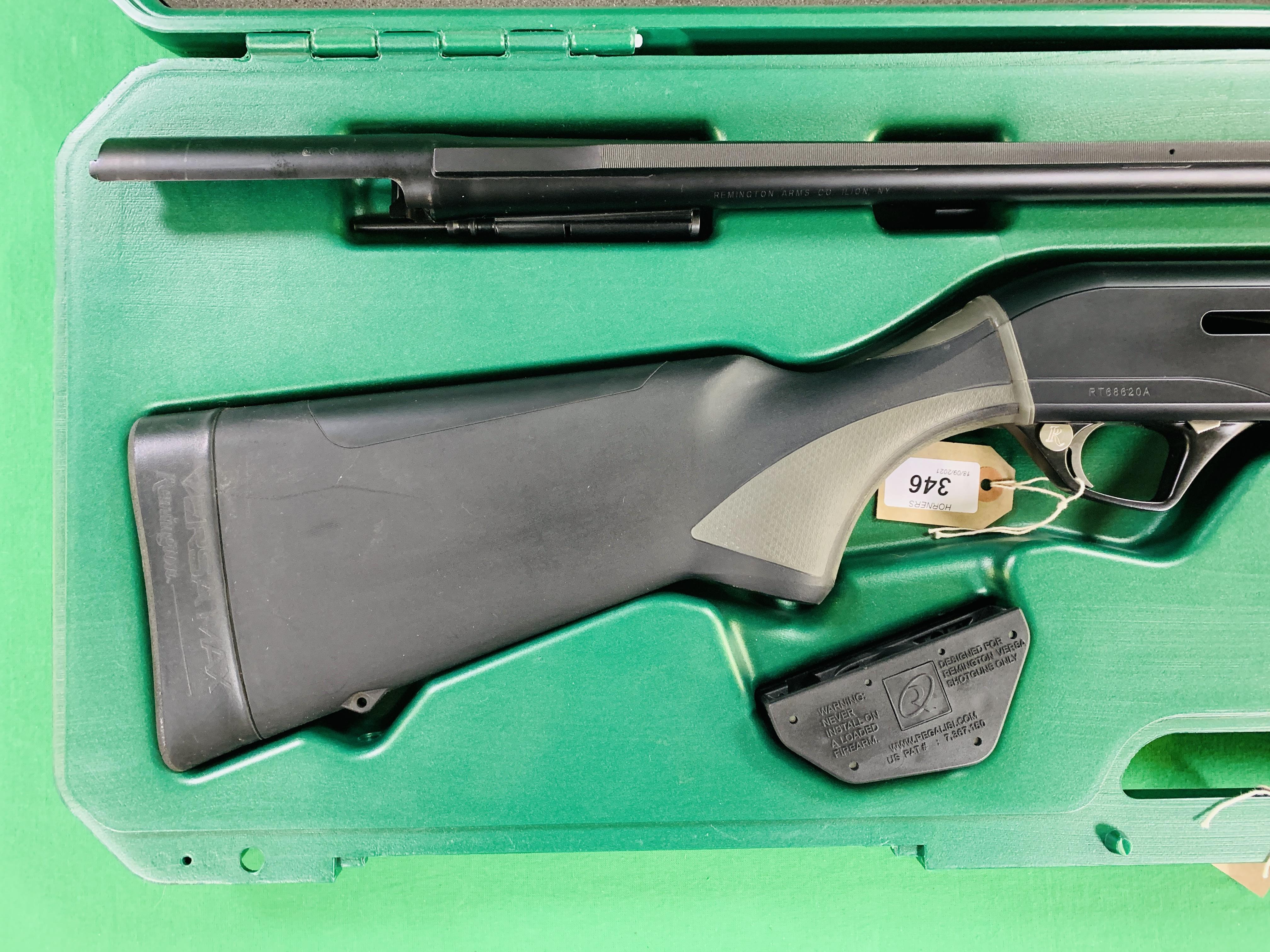 REMINGTON VERSA MAX 12 GAUGE SEMI-AUTO SHOTGUN 2¾ - 3½ CHOKE, - Image 2 of 13