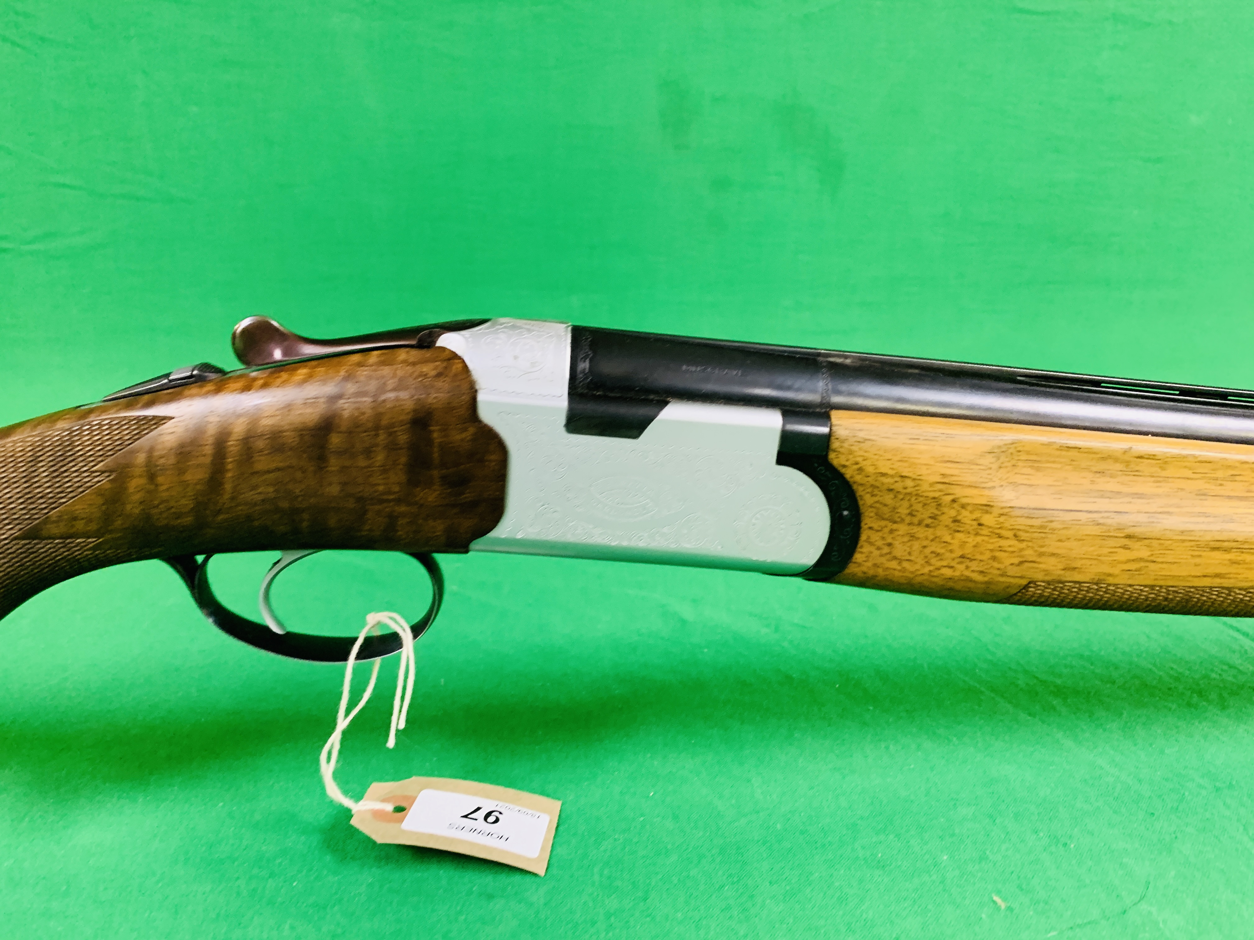 12 BORE BERETTA OVER AND UNDER SHOTGUN # B17388B WITH GUN SLEEVE - (ALL GUNS TO BE INSPECTED AND - Image 4 of 9