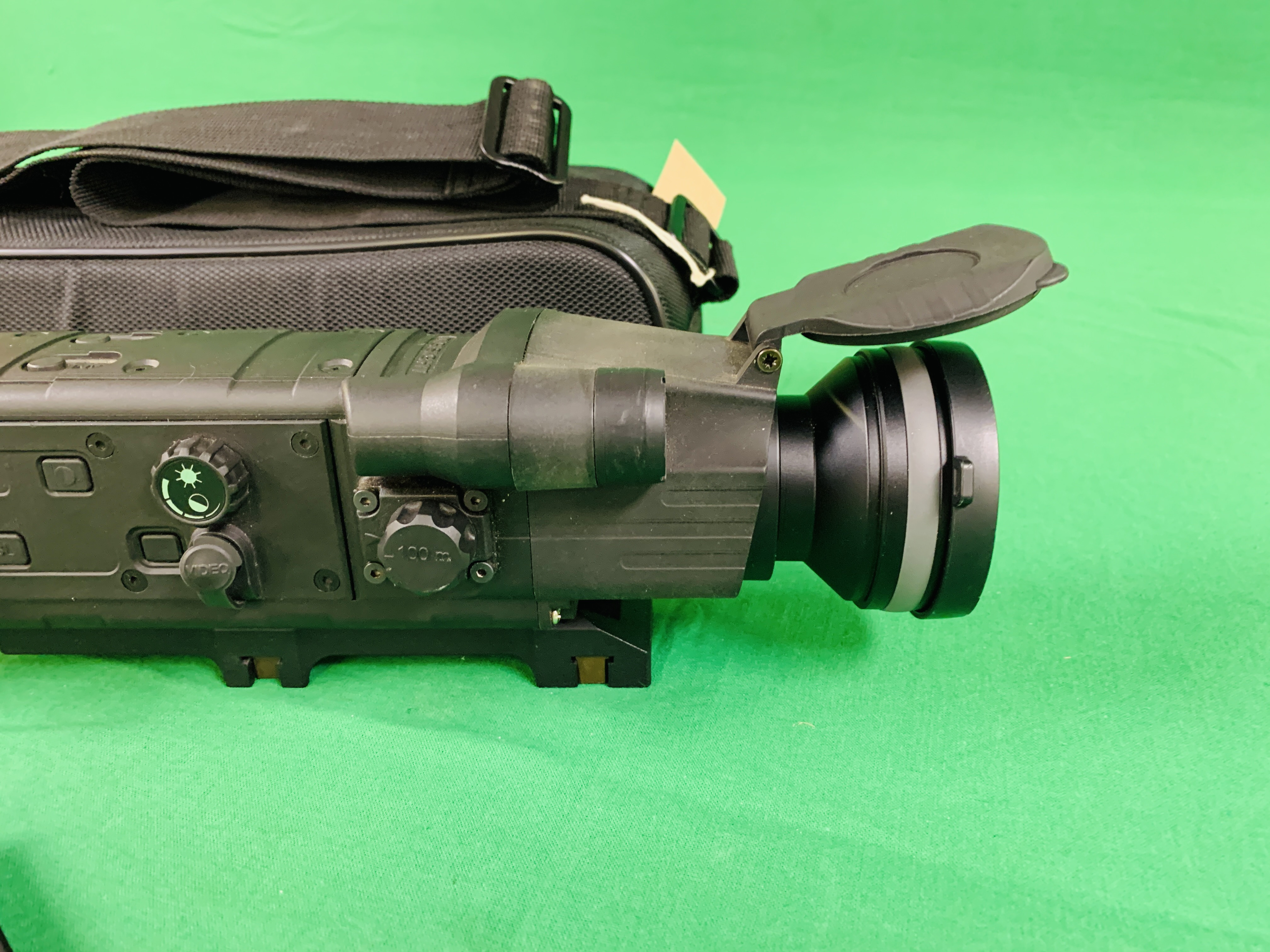 PULSAR N750 DIGI SIGHT RIFLE SCOPE COMPLETE WITH SONY TELE CONVERSION LENS ALONG WITH INSTRUCTION - Image 3 of 8
