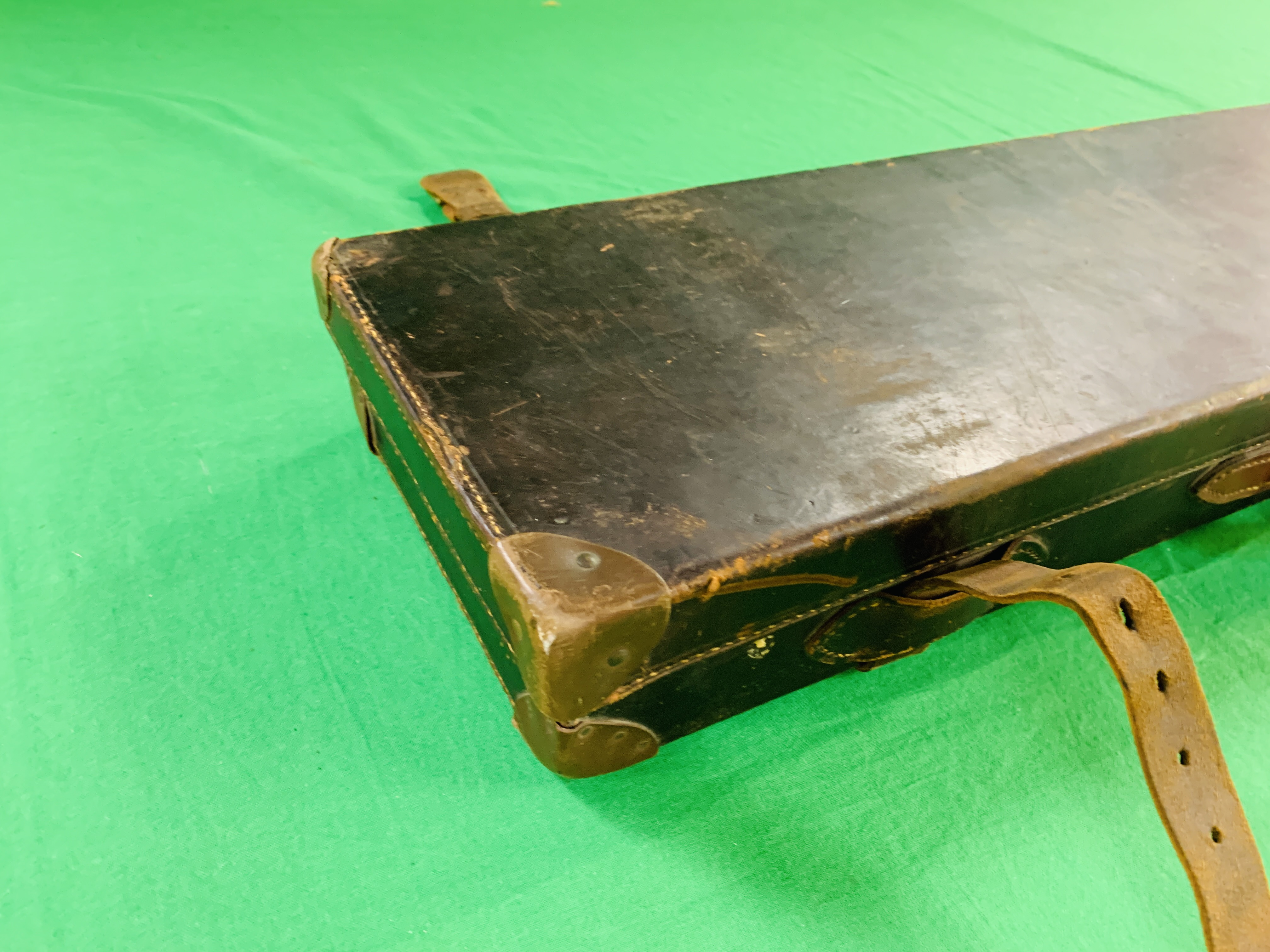 """BEST LEATHER 30"""" SIDE BY SIDE GUN CASE WITH W.W. - Image 9 of 10"""