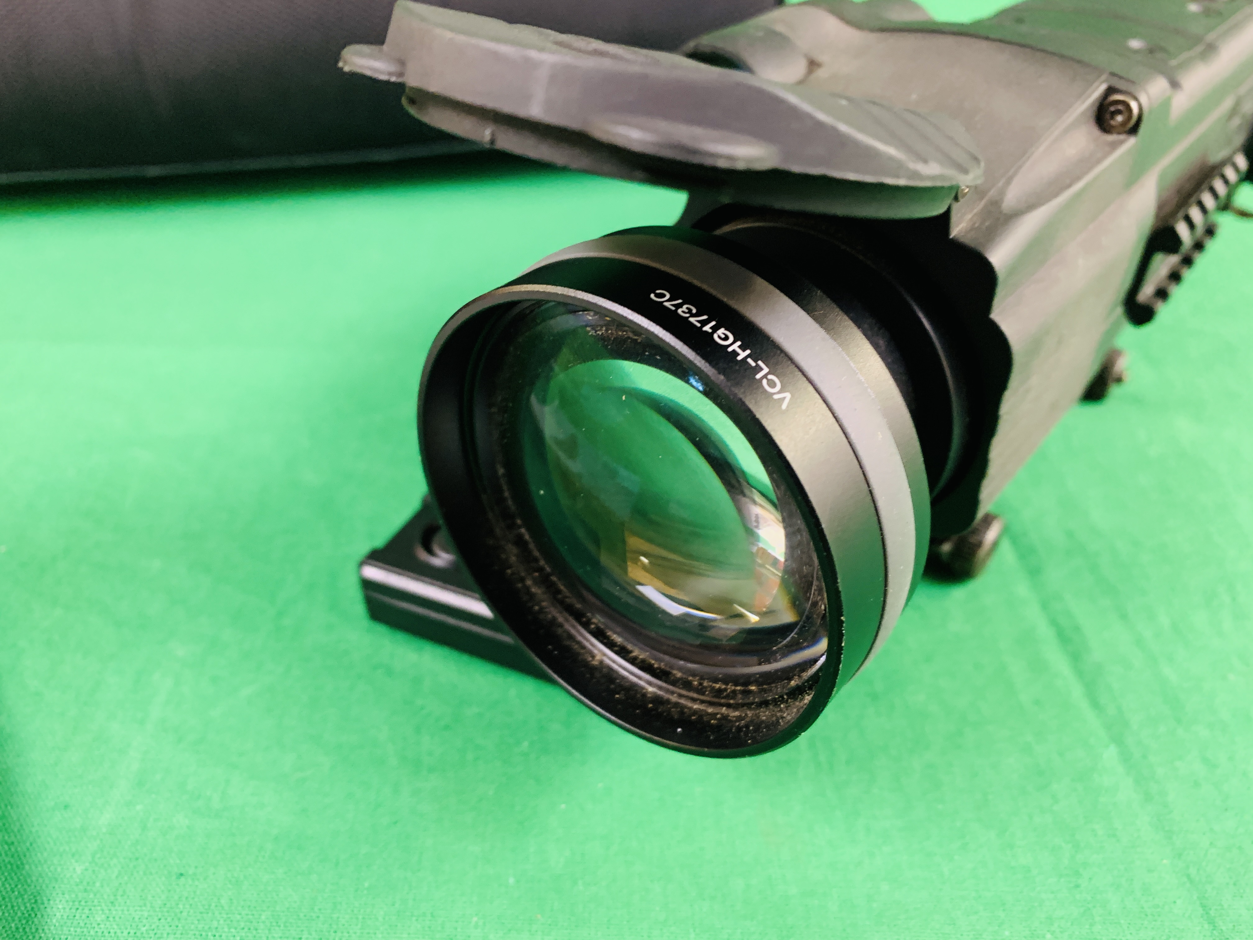 PULSAR N750 DIGI SIGHT RIFLE SCOPE COMPLETE WITH SONY TELE CONVERSION LENS ALONG WITH INSTRUCTION - Image 8 of 8