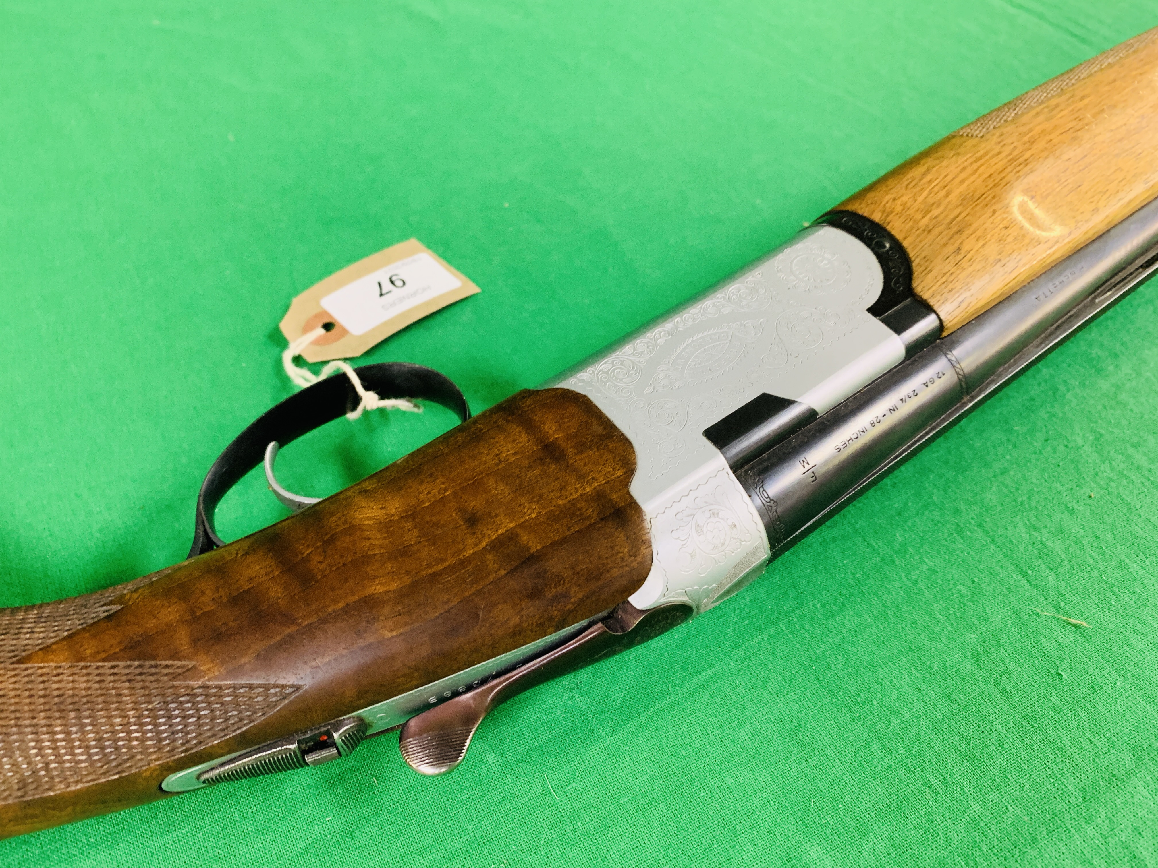 12 BORE BERETTA OVER AND UNDER SHOTGUN # B17388B WITH GUN SLEEVE - (ALL GUNS TO BE INSPECTED AND - Image 7 of 9