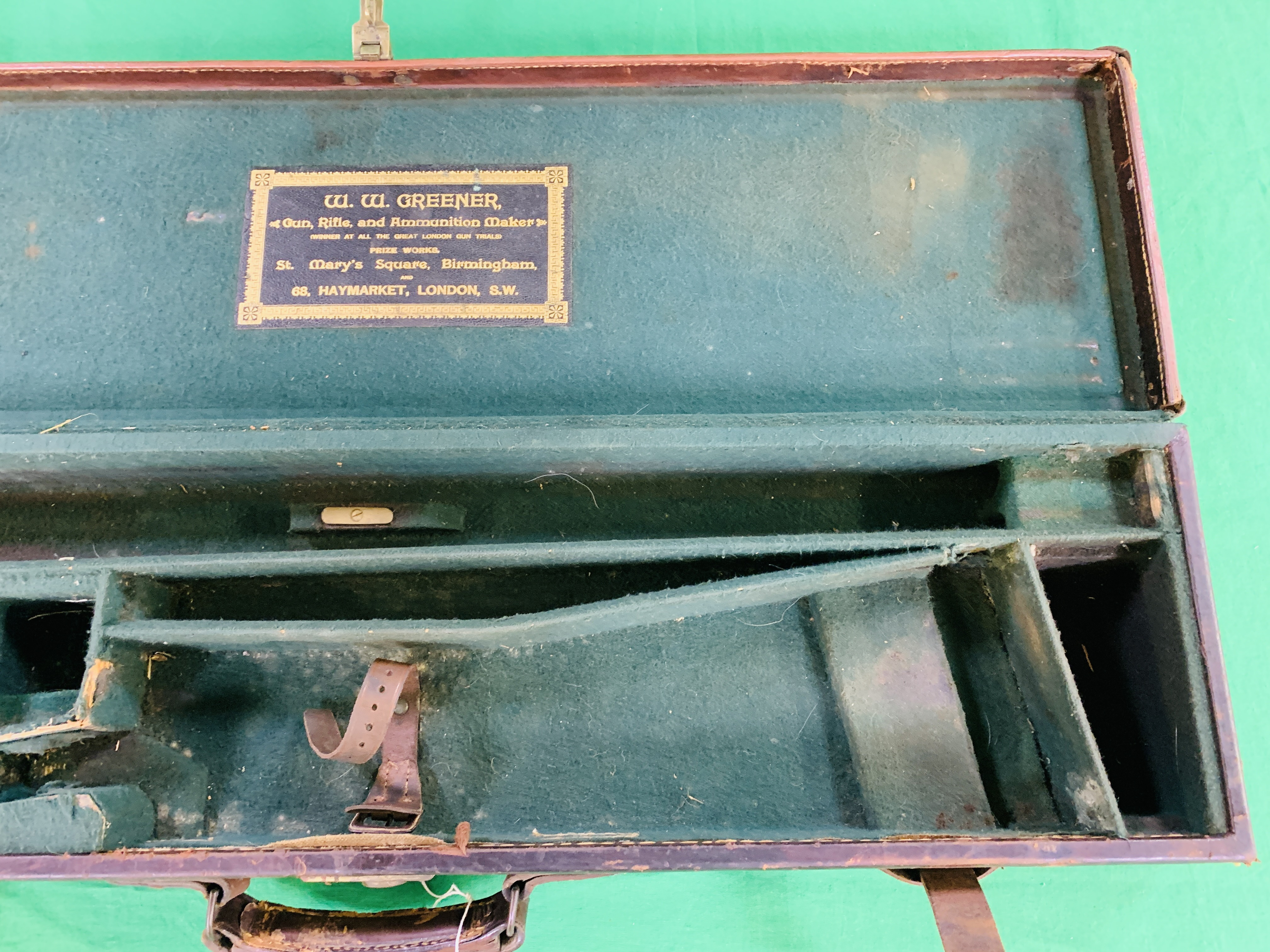 """BEST LEATHER 30"""" SIDE BY SIDE GUN CASE WITH W.W. - Image 4 of 10"""