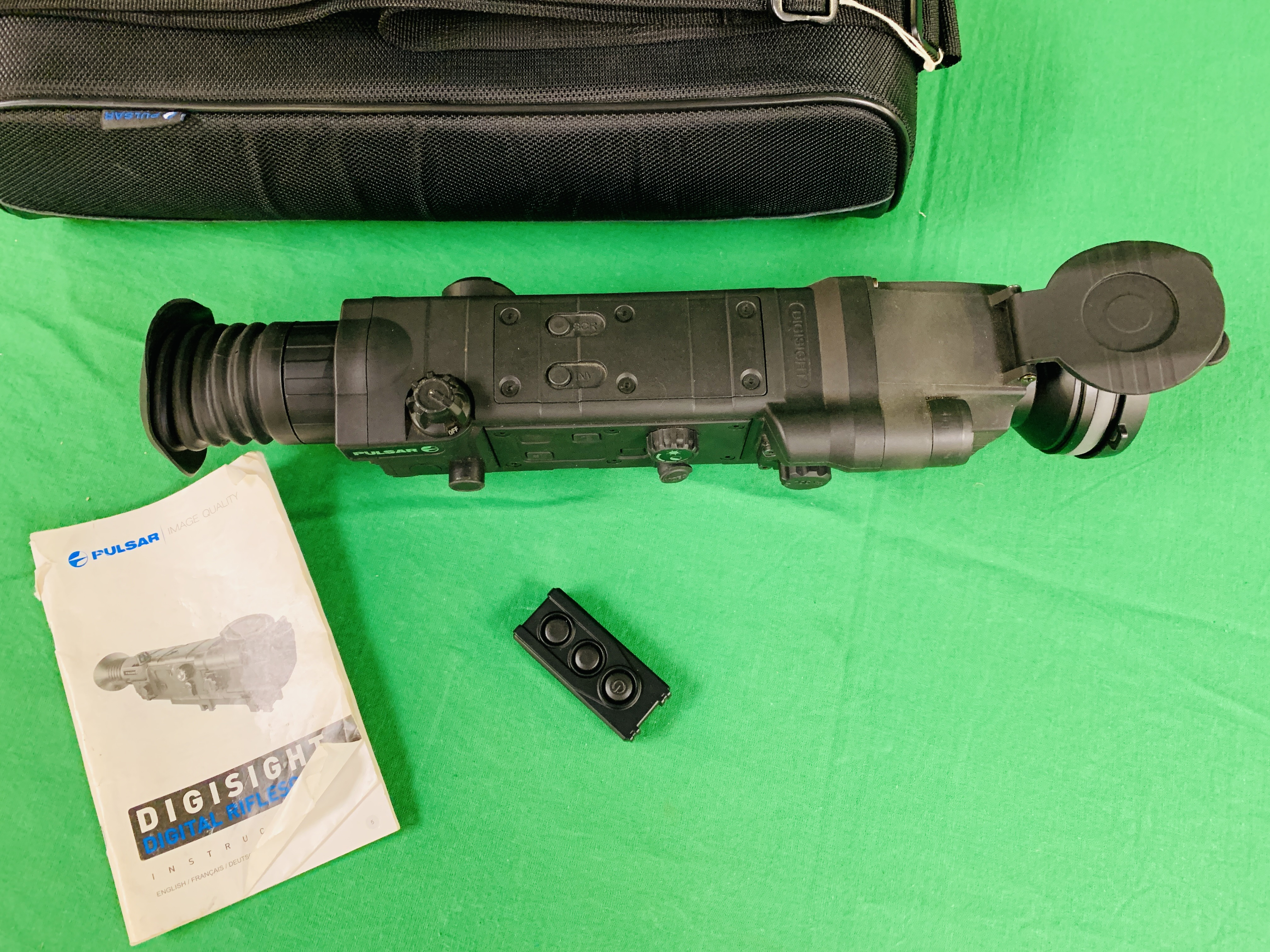 PULSAR N750 DIGI SIGHT RIFLE SCOPE COMPLETE WITH SONY TELE CONVERSION LENS ALONG WITH INSTRUCTION - Image 4 of 8