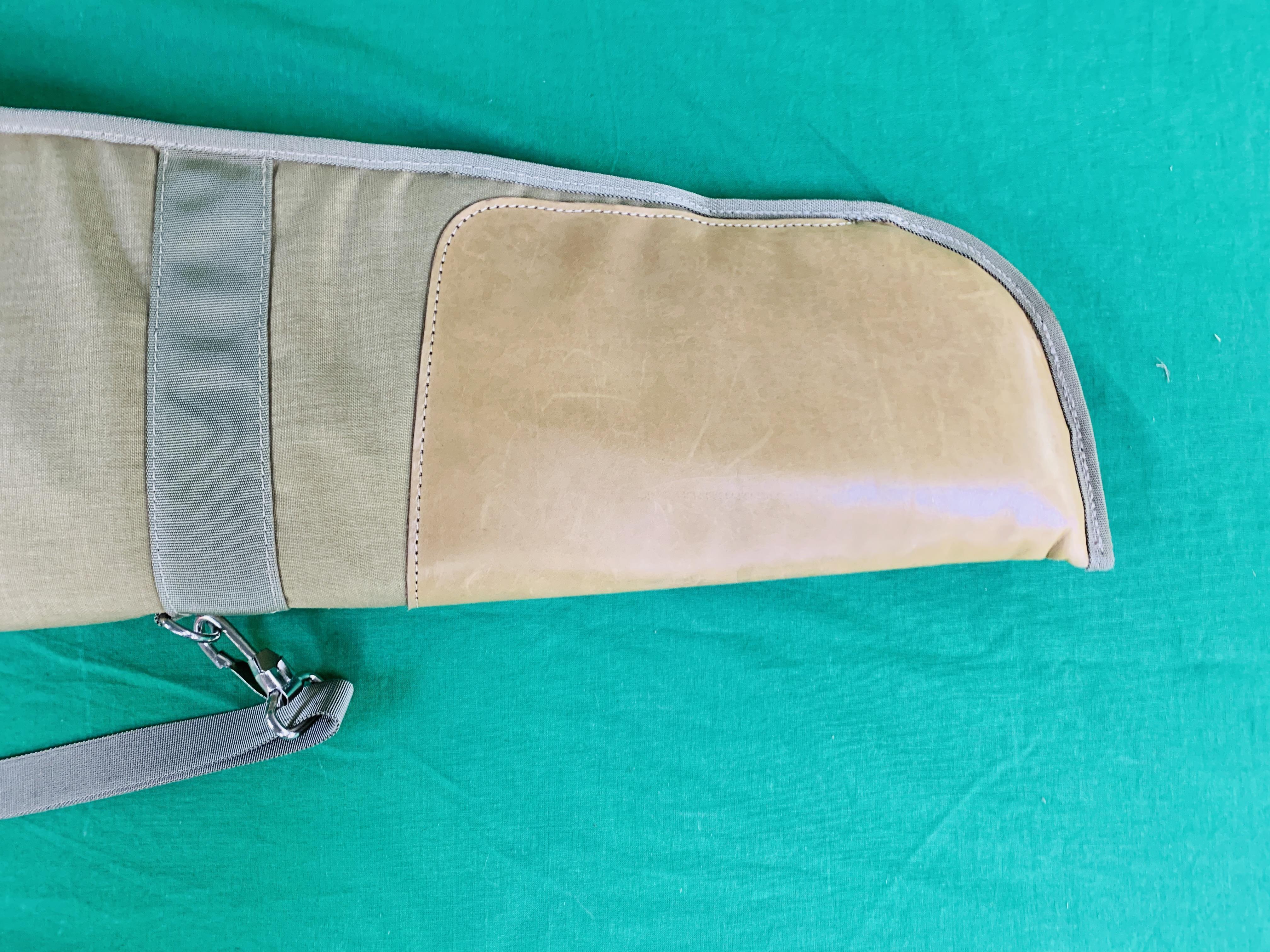 A OGDEN QUICKSLIP RIFLE SLIP WITH INTERNAL POCKETS 1. - Image 4 of 7
