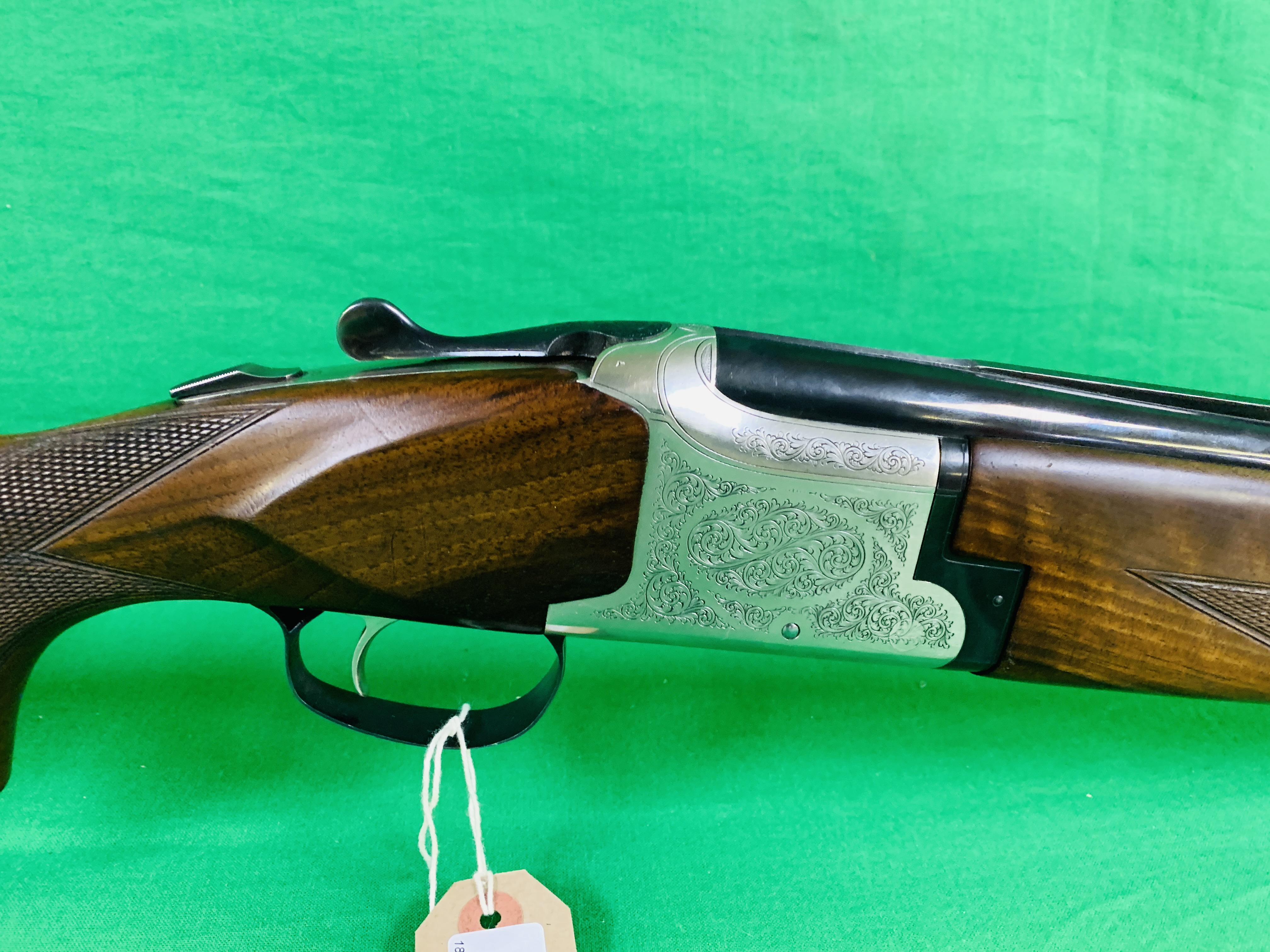 WINCHESTER MODEL 91 12 BORE OVER AND UNDER SHOTGUN # 232623 28 INCH BARRELS, - Image 2 of 8