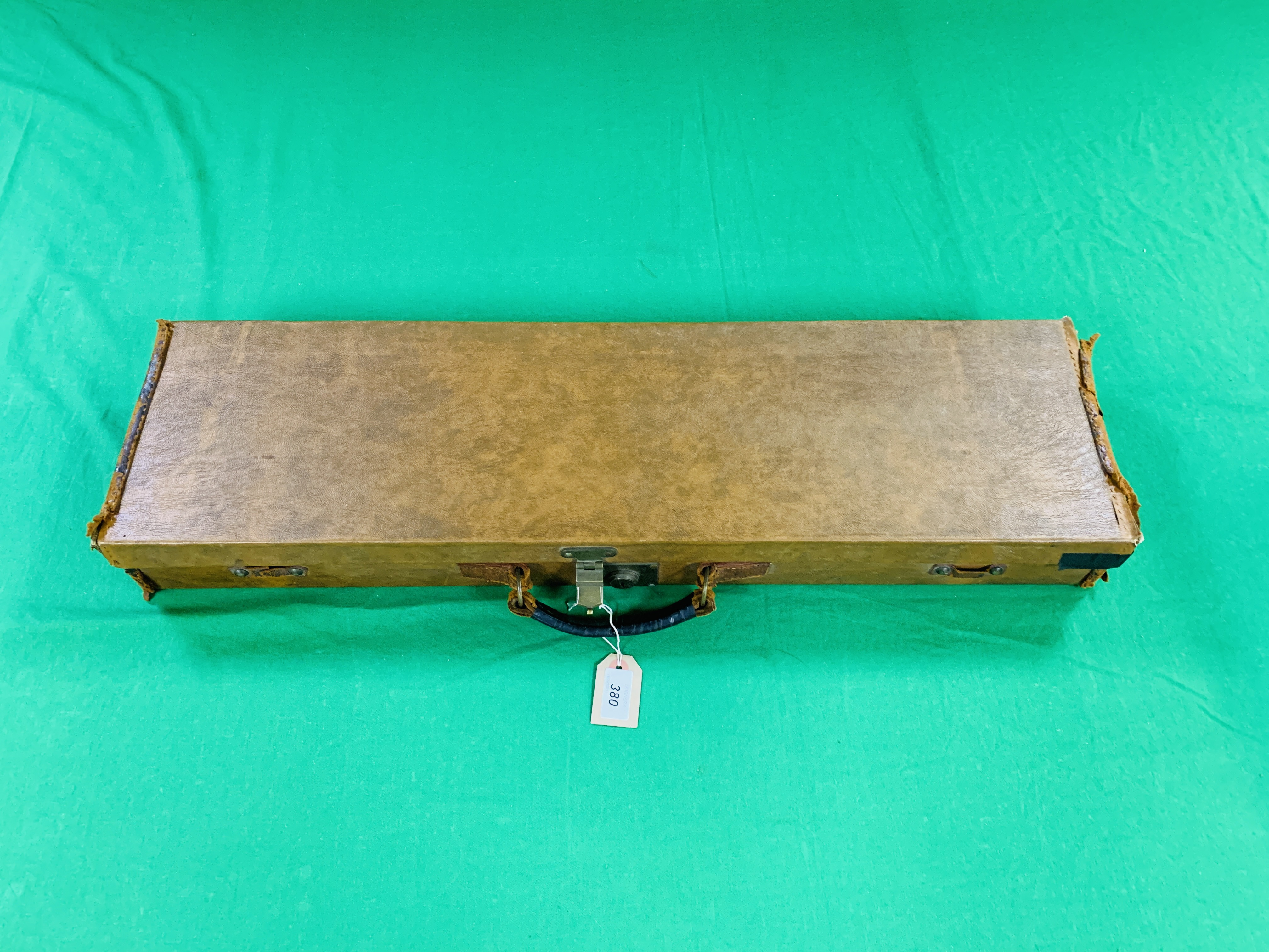 """LEATHERETTE 28 / 30"""" CASE WITH GALLYON OF KINGFISHER LABEL INSIDE - Image 9 of 11"""