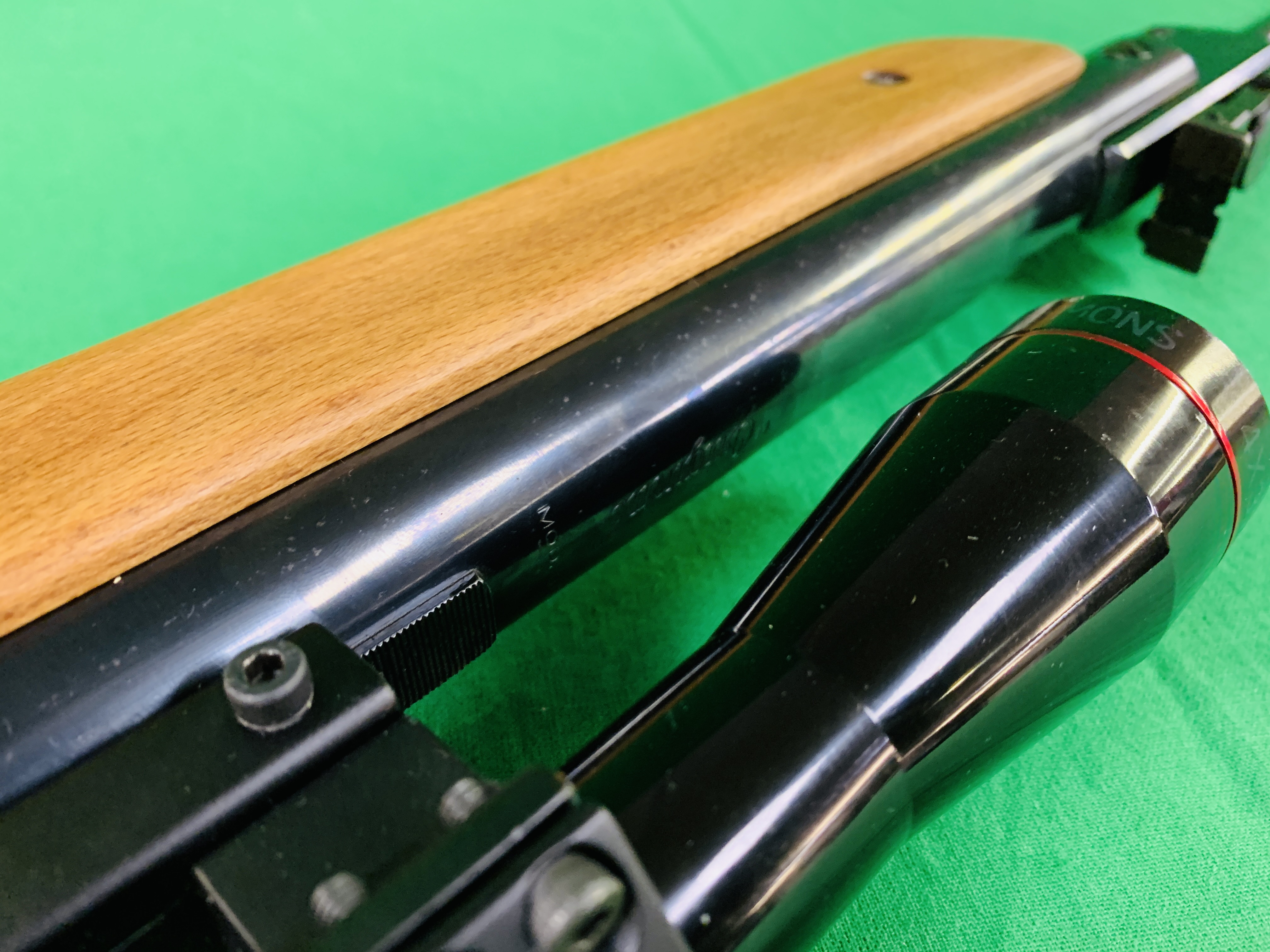 """AN """"ORIGINAL"""" MODEL 35 .22 BREAK BARREL AIR RIFLE FITTED WITH SIMMONS 4. - Image 9 of 10"""