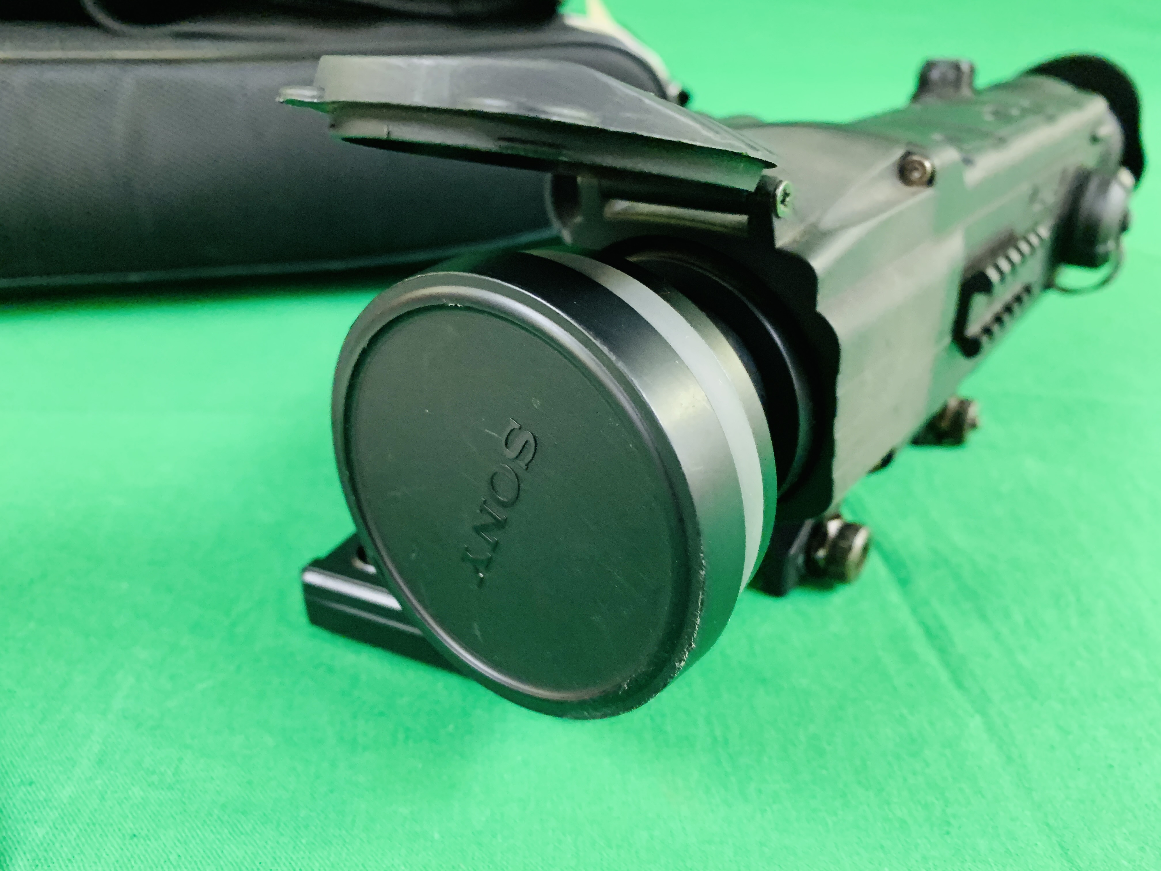 PULSAR N750 DIGI SIGHT RIFLE SCOPE COMPLETE WITH SONY TELE CONVERSION LENS ALONG WITH INSTRUCTION - Image 7 of 8