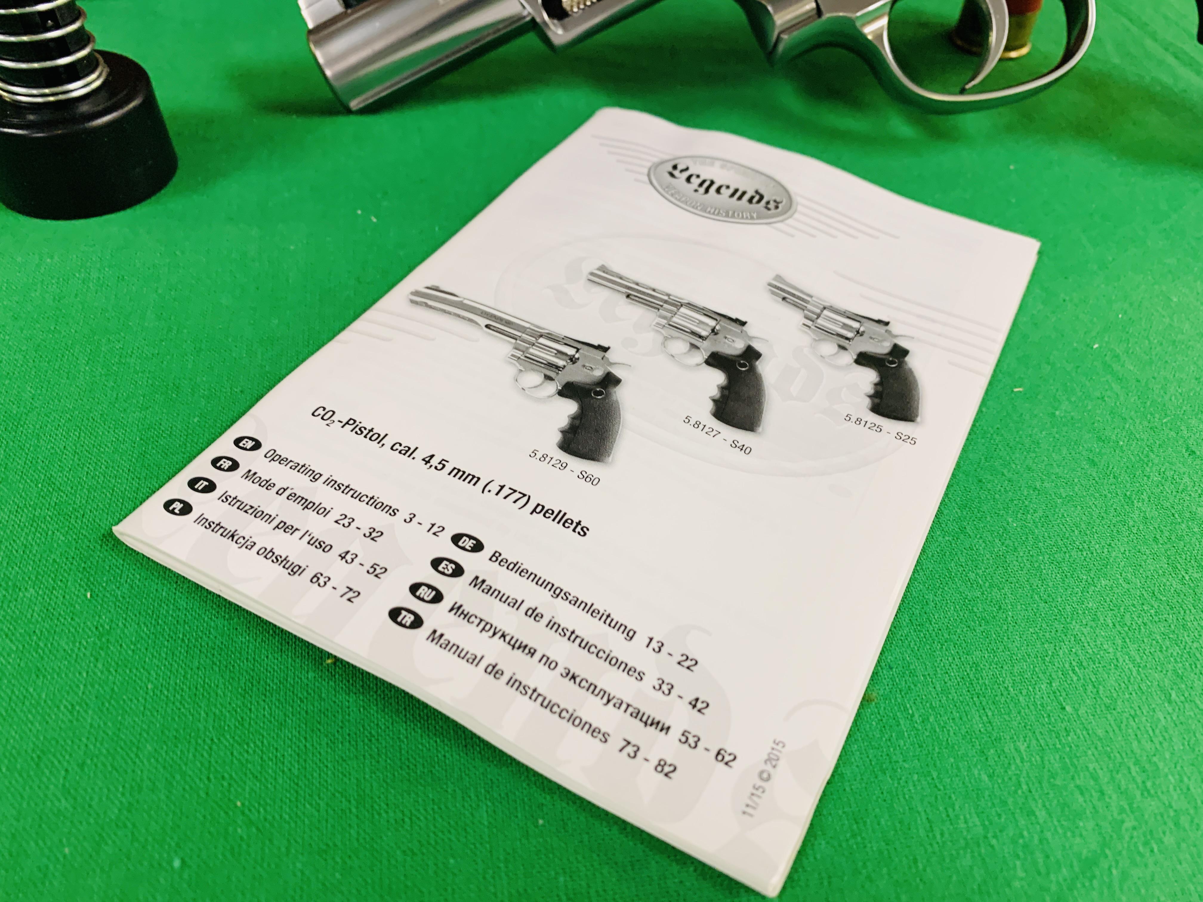 A UMAREX LEGENDS S40 REVOLVER CO² . - Image 5 of 6
