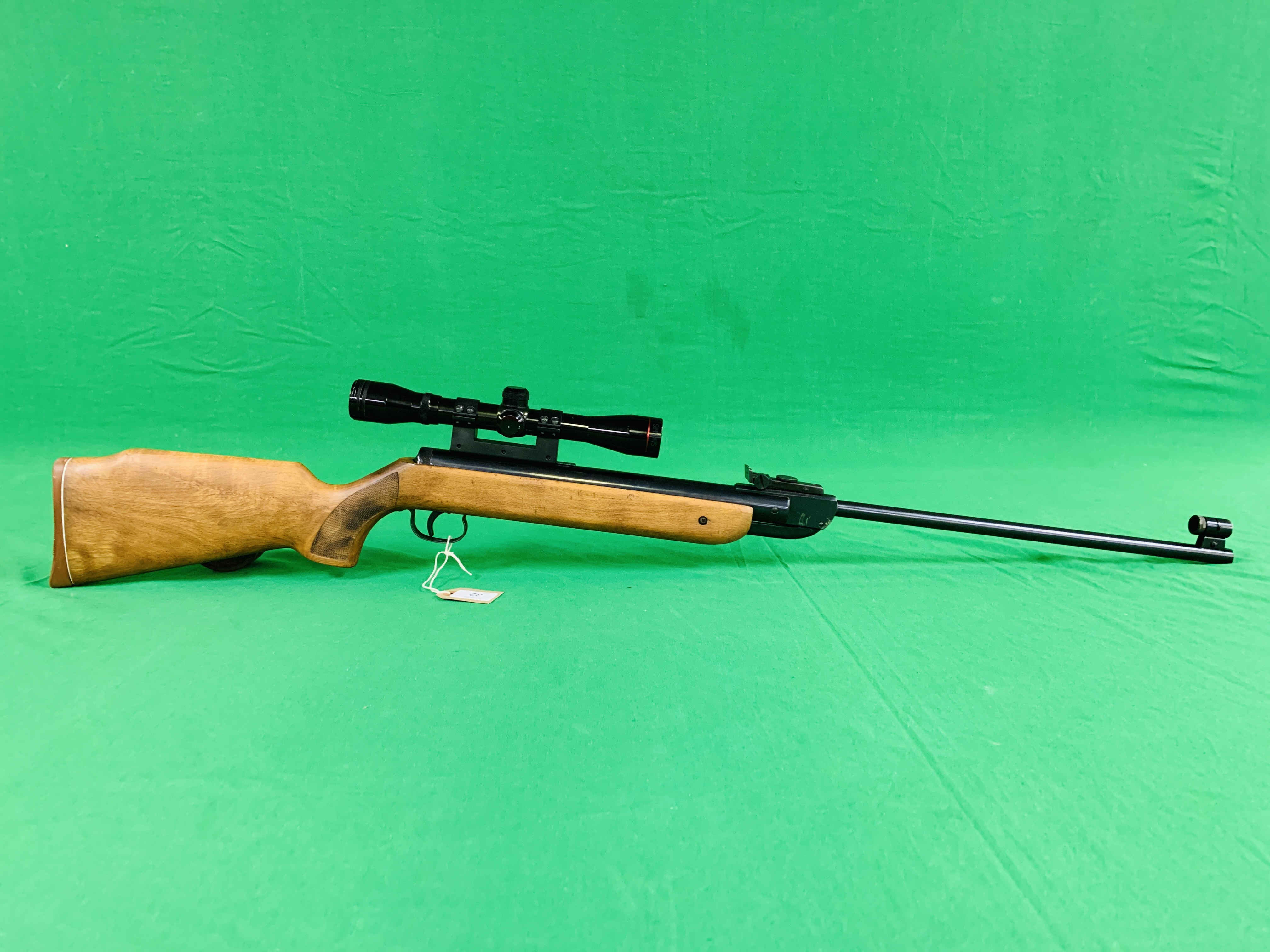 """AN """"ORIGINAL"""" MODEL 35 .22 BREAK BARREL AIR RIFLE FITTED WITH SIMMONS 4."""