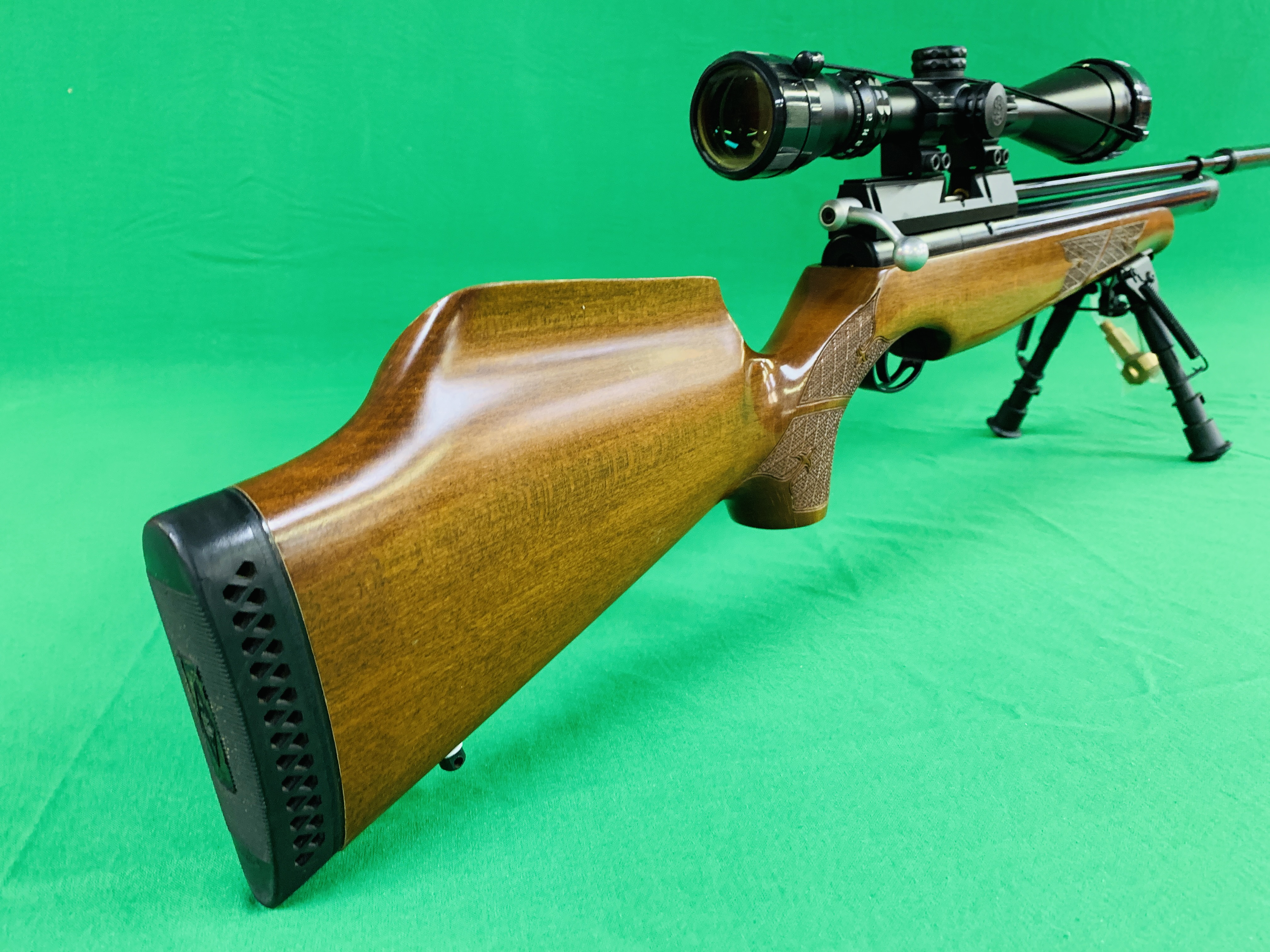 AIR ARMS S400 CLASSIC .177 BOLT ACTION PCP AIR RIFLE FITTED WITH BONUS 6. - Image 10 of 17