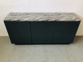 A MODERN THREE DOOR SIDEBOARD WITH MARBLE TOP, UNIT FINISHED IN HIGH GLOSS WIDTH 160CM. DEPTH 40CM.