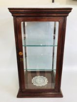 A GLASS DISPLAY CASE WITH CALEYS LABEL H 71CM, W 40CM,
