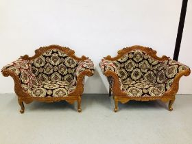 A PAIR OF HIGHLY DECORATIVE REPRODUCTION CONTINENTAL STYLE TWO SEATER COUCHES - NON COMPLIANT
