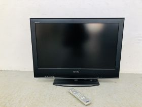 """SONY BRAVIA 32"""" FLAT SCREEN TV WITH REMOTE - SOLD AS SEEN"""