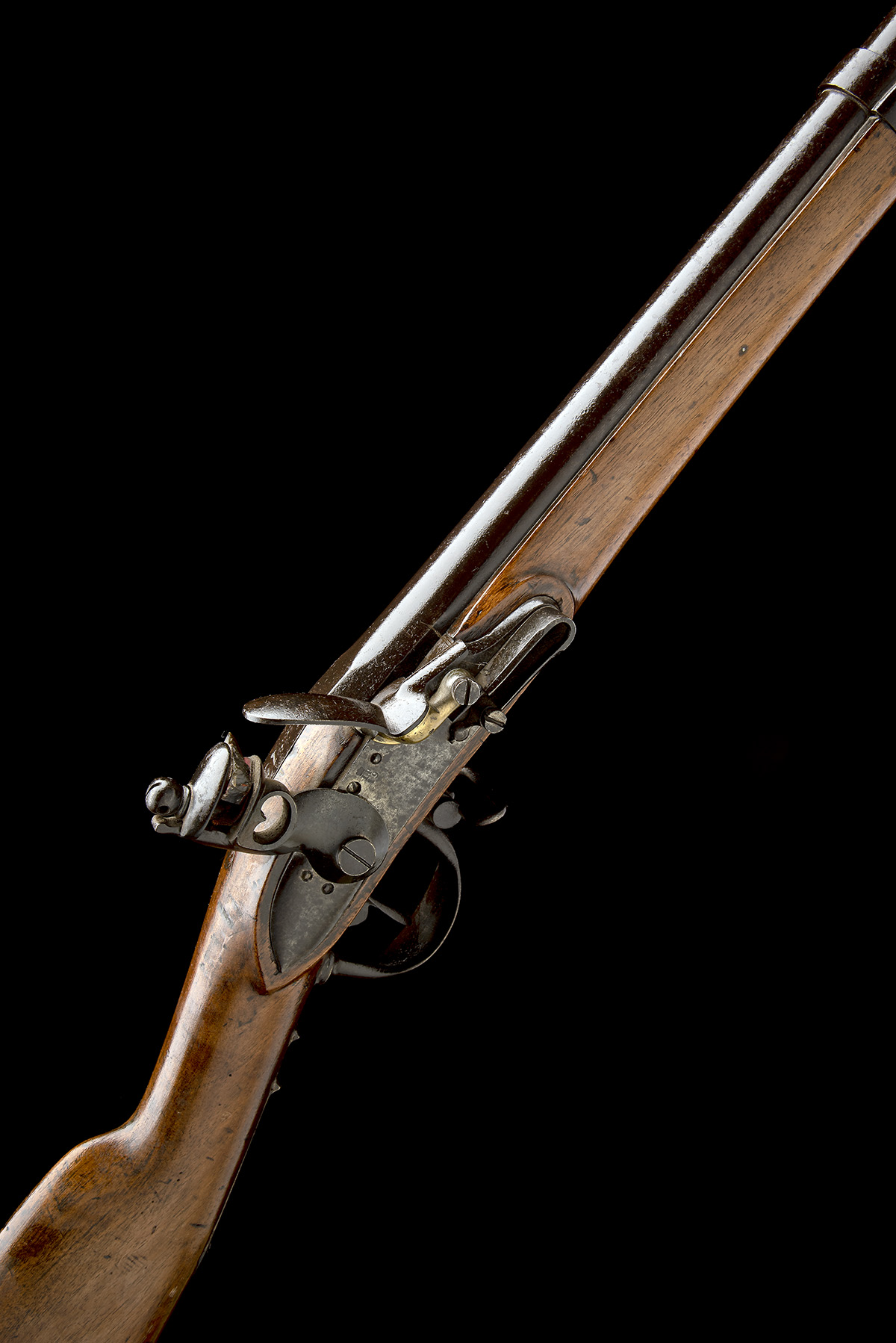 A GOOD .69 FLINTLOCK MUSKET, UNSIGNED, MODEL 'BELGIAN M1815 CHARLEVILLE', serial no. M2178, dated