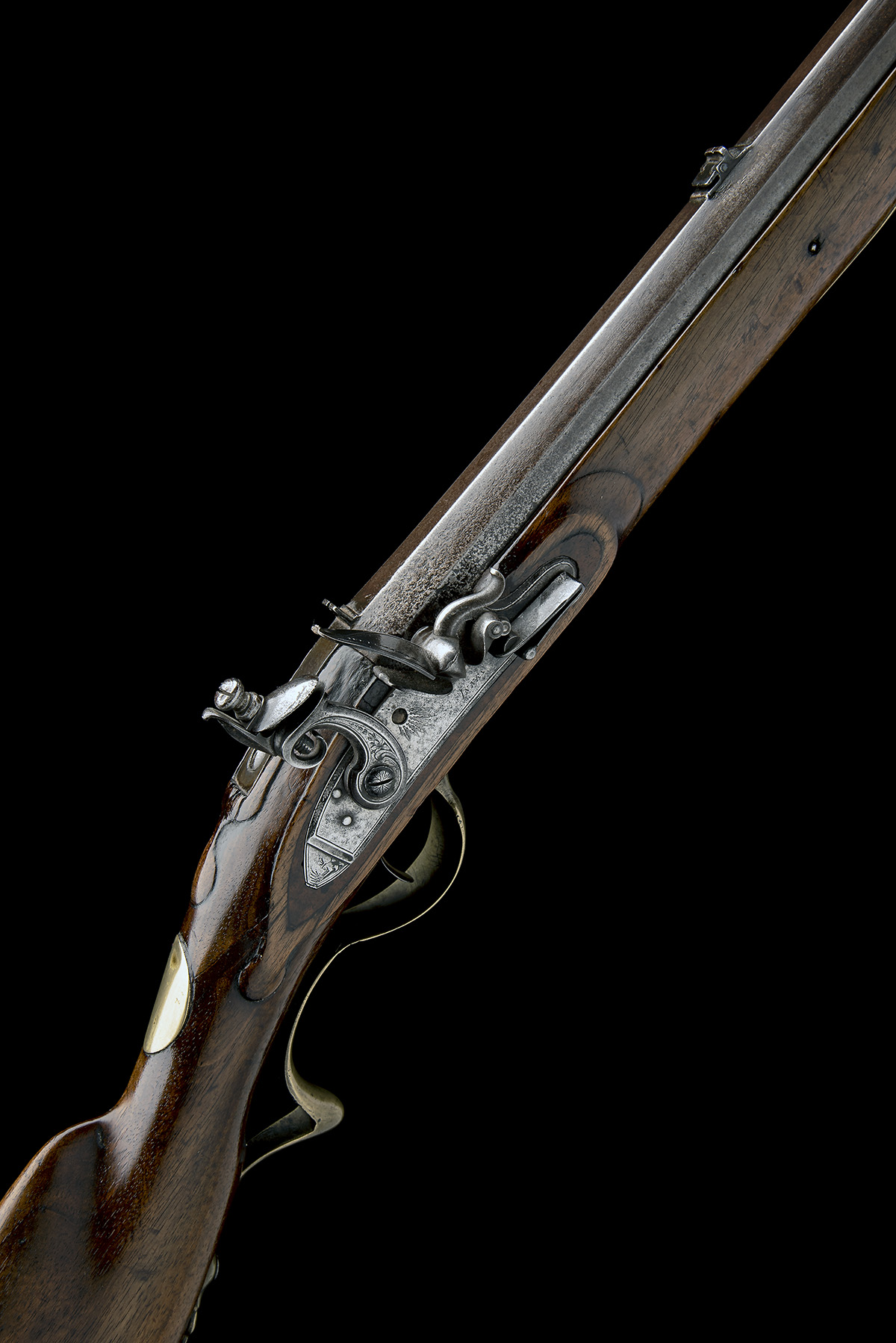 A .650 FLINTLOCK SPORTING-RIFLE SIGNED INNES, no visible serial number, circa 1780 and of jager