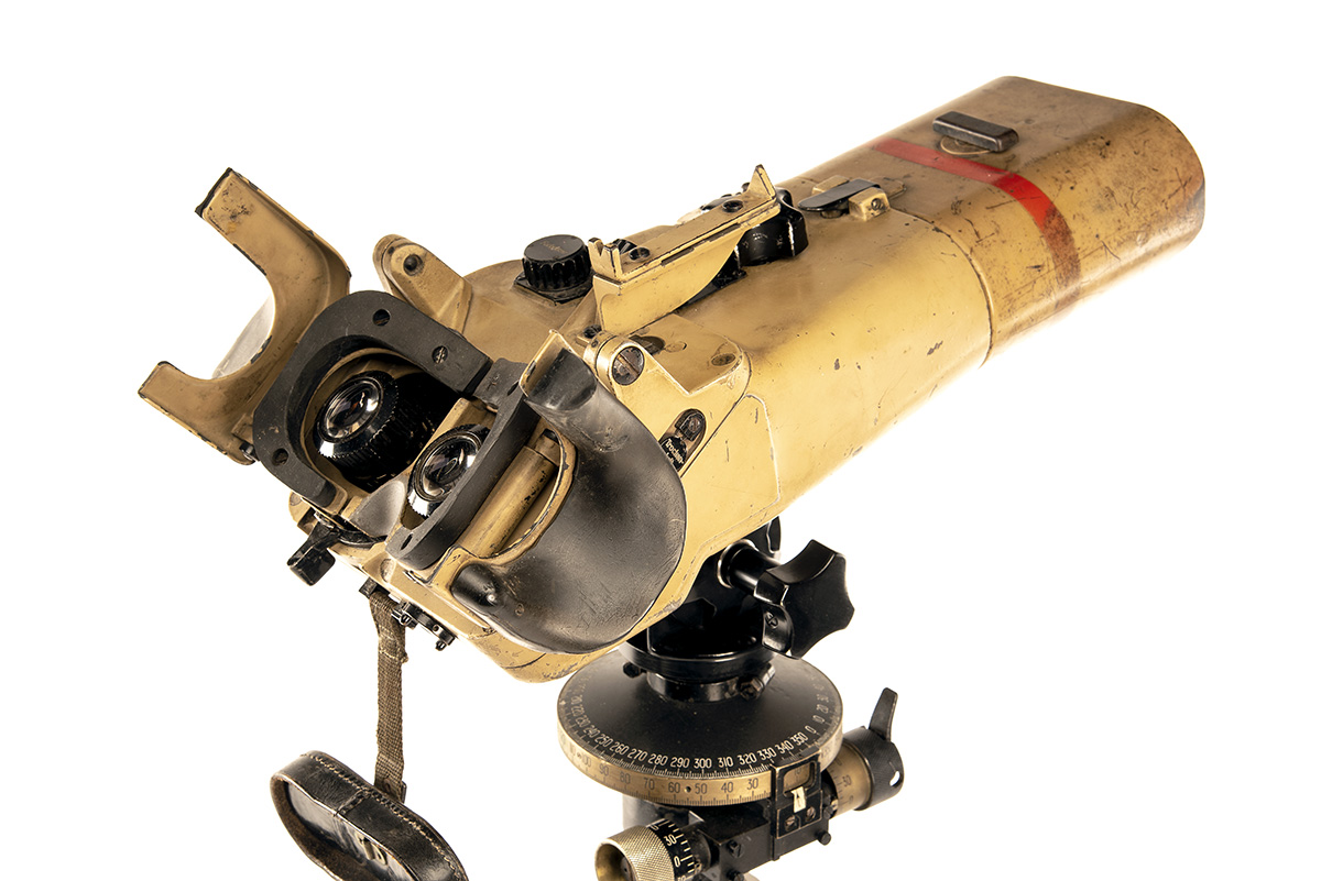 CARL ZEISS, JENA A RARE PAIR OF 12x60 INCLINED FLAK RANGING BINOCULARS WITH TRIPOD, serial no. - Image 2 of 7