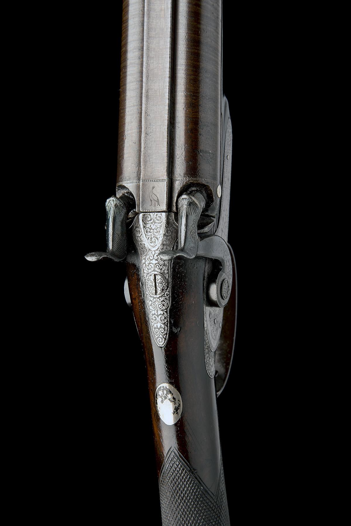 J.W. EDGE, MANCHESTER A 14-BORE PERCUSSION DOUBLE-BARRELLED SPORTING-GUN, serial no. 1350, circa - Image 4 of 8