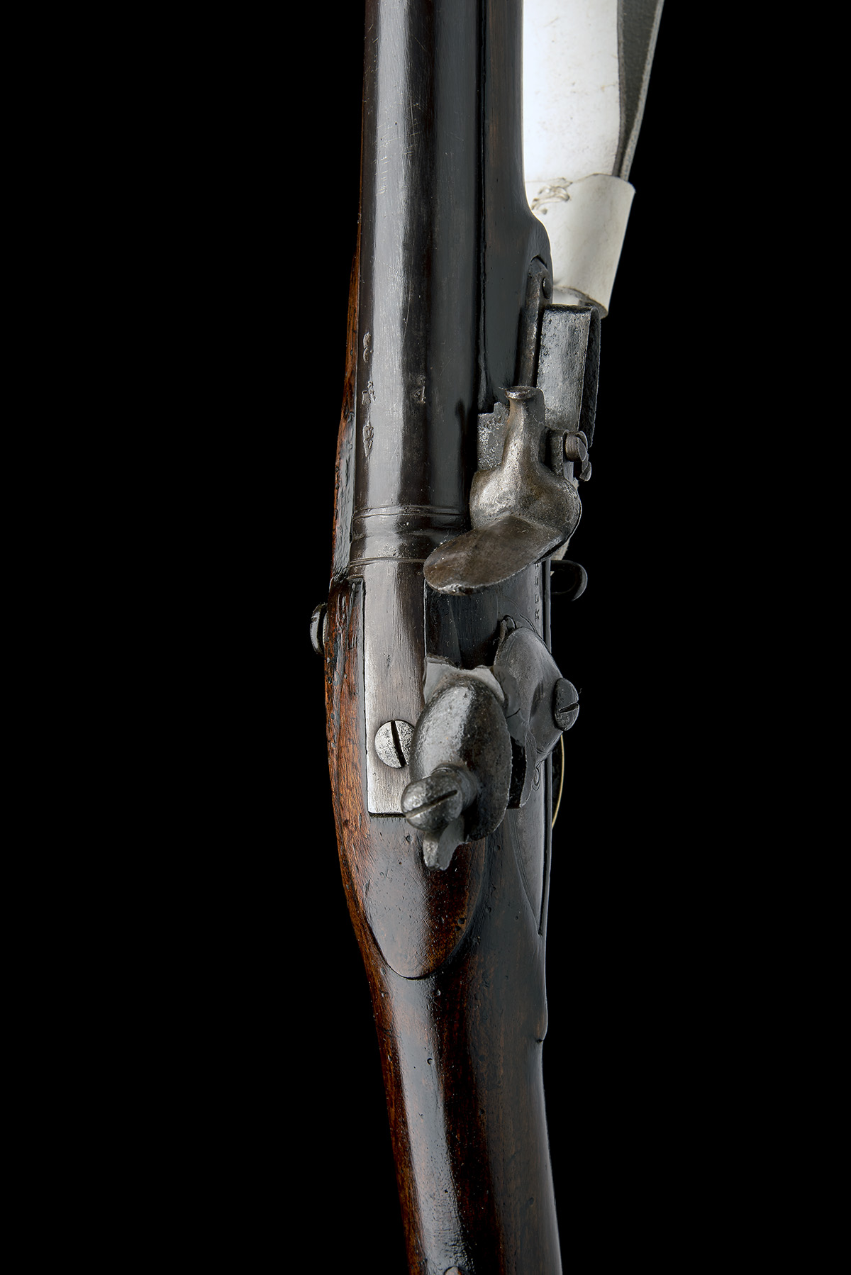 REED, LONDON A .750 FLINTLOCK MUSKET, MODEL 'INDIA PATTERN BROWN BESS', rack no. 47, WITH BAYONET, - Image 6 of 8