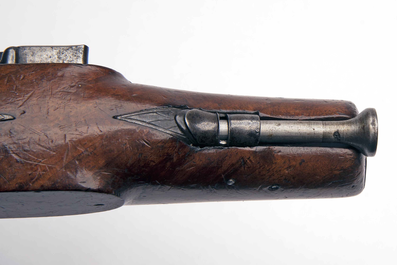 A 25-BORE FLINTLOCK HEAVY OVERCOAT PISTOL SIGNED 'WALLIS', no visible serial number, circa 1810, - Image 5 of 6