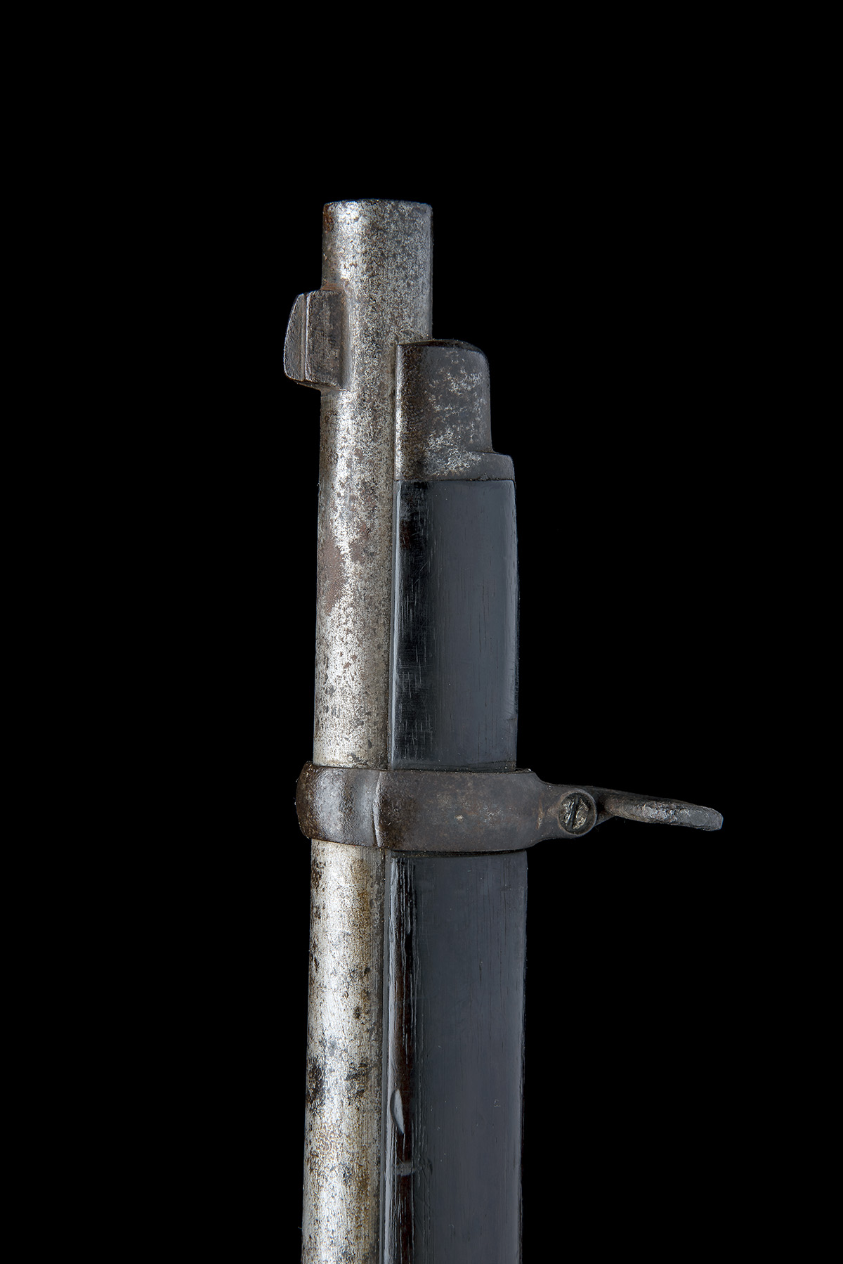 WESTLEY RICHARDS, BIRMINGHAM A .450 PERCUSSION BREECH-LOADING CARBINE, MODEL 'MONKEY-TAIL', serial - Image 7 of 9