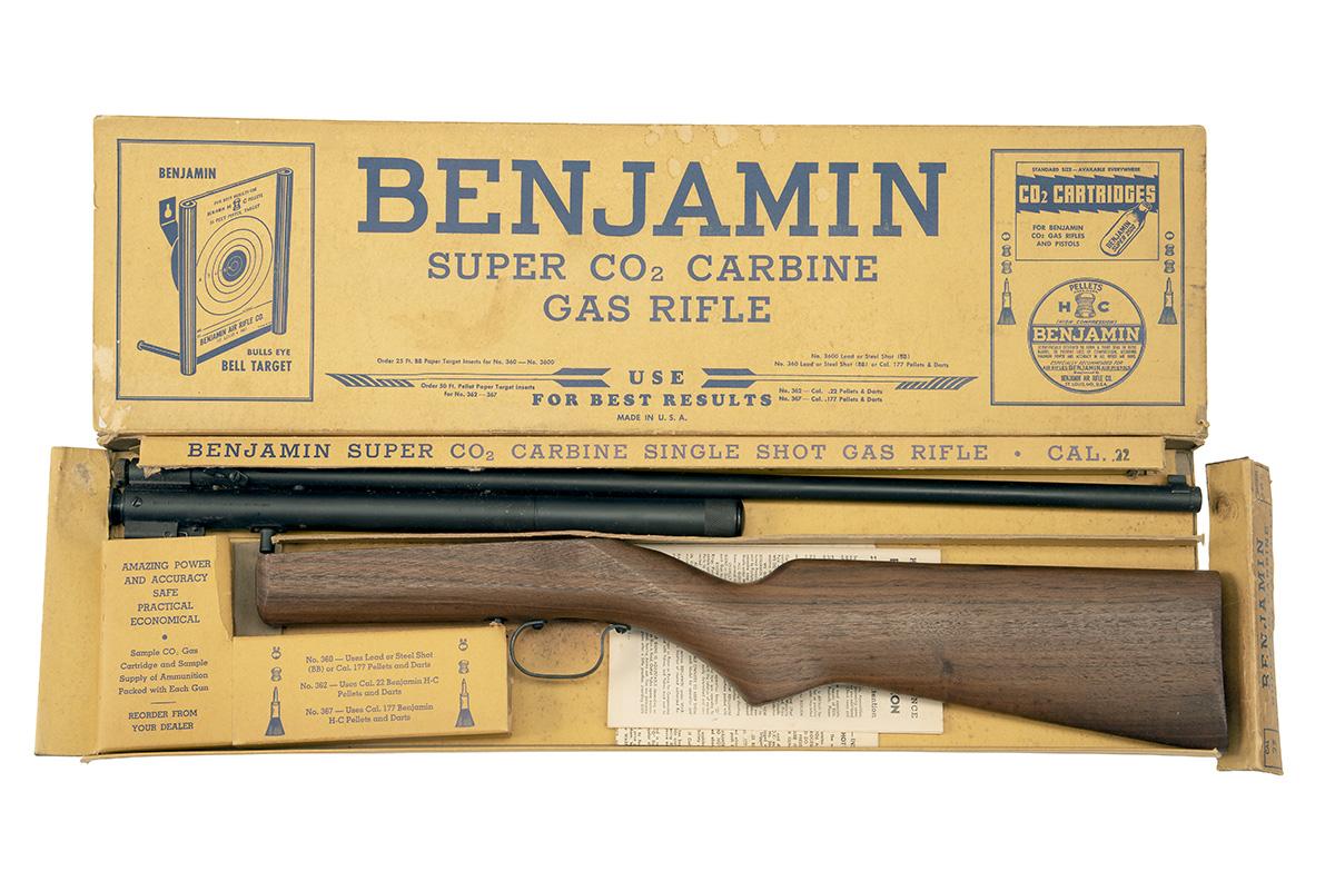 BENJAMIN, USA A SCARCE BOXED .22 CO2-POWERED SINGLE-SHOT RIFLE, MODEL '362', serial no. 16709, circa
