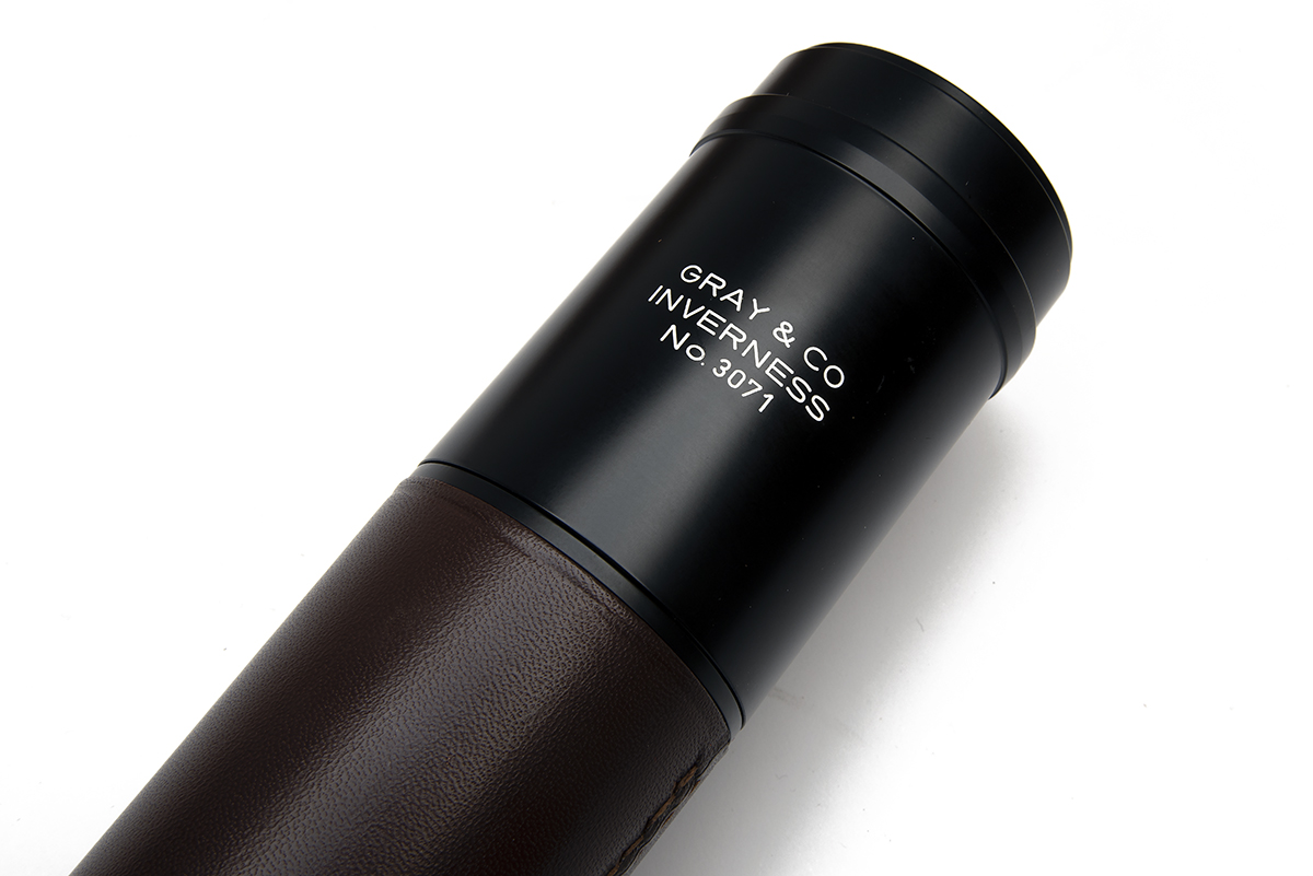 GRAY & CO. (INVERNESS) A LEATHER-BOUND THREE-DRAW STALKING TELESCOPE, no. 3071, with anodised tubes, - Image 3 of 5