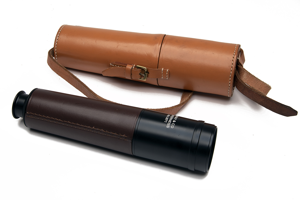 GRAY & CO. (INVERNESS) A LEATHER-BOUND THREE-DRAW STALKING TELESCOPE, no. 3071, with anodised tubes, - Image 2 of 5